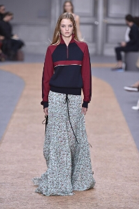 CHLOÉ SPRING SUMMER 2016 WOMEN'S COLLECTION – PARIS FASHION WEEK