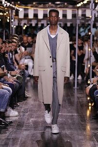 AMI SPRING SUMMER 2016 MEN'S COLLECTION – PARIS FASHION WEEK