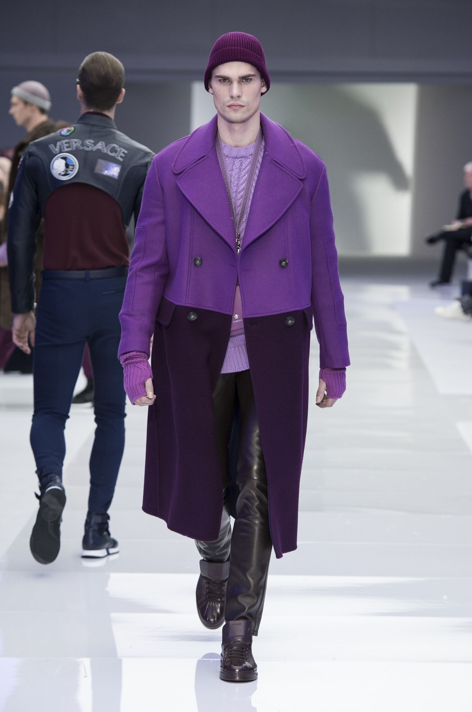 VERSACE FALL WINTER 2016-17 MEN'S COLLECTION