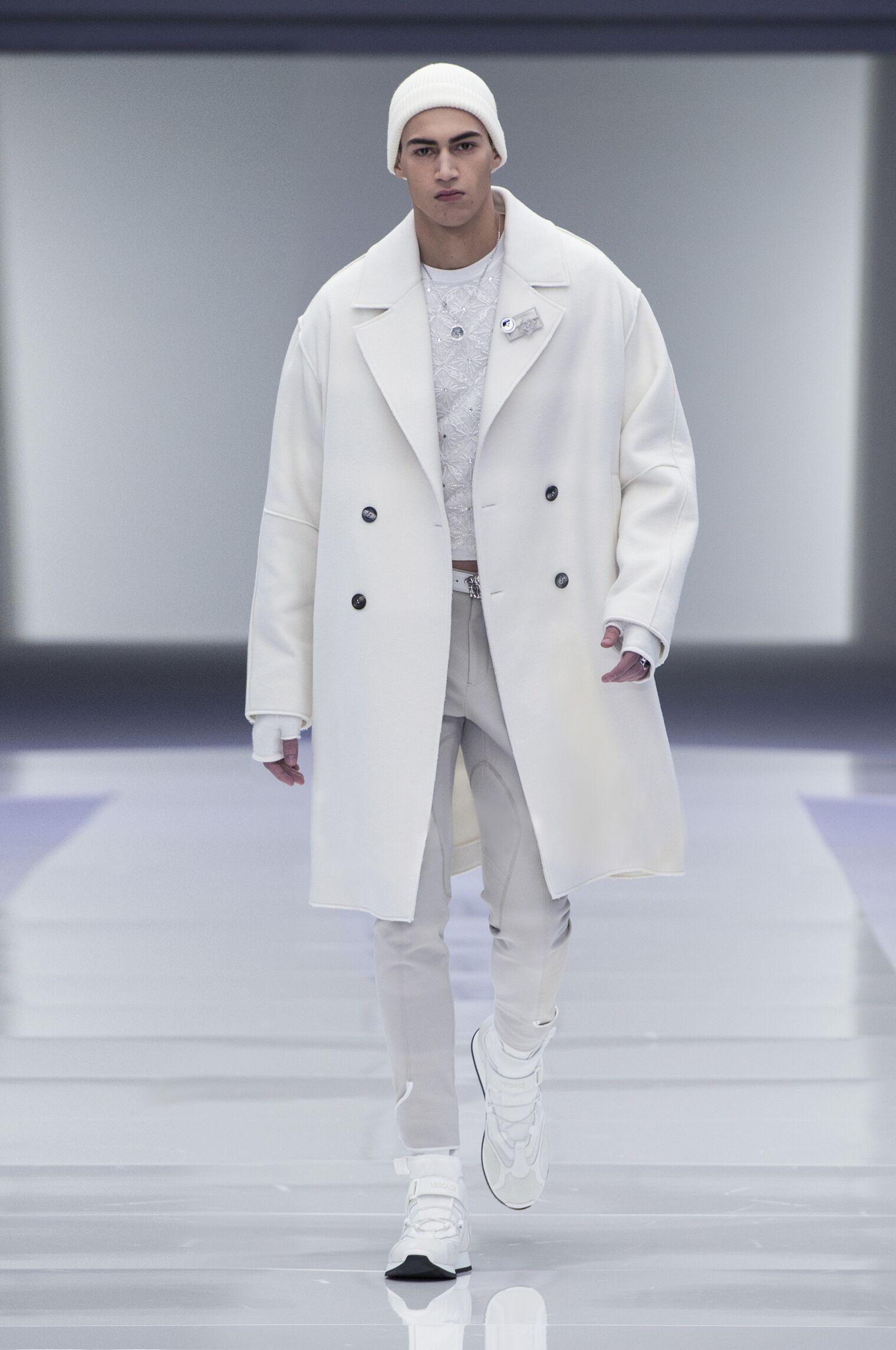 Versace FW 2016 Menswear