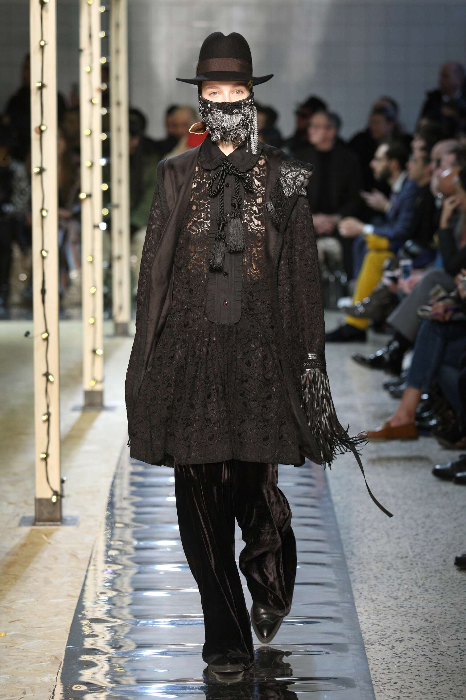 Womenswear Fall Winter Antonio Marras 2016-2017
