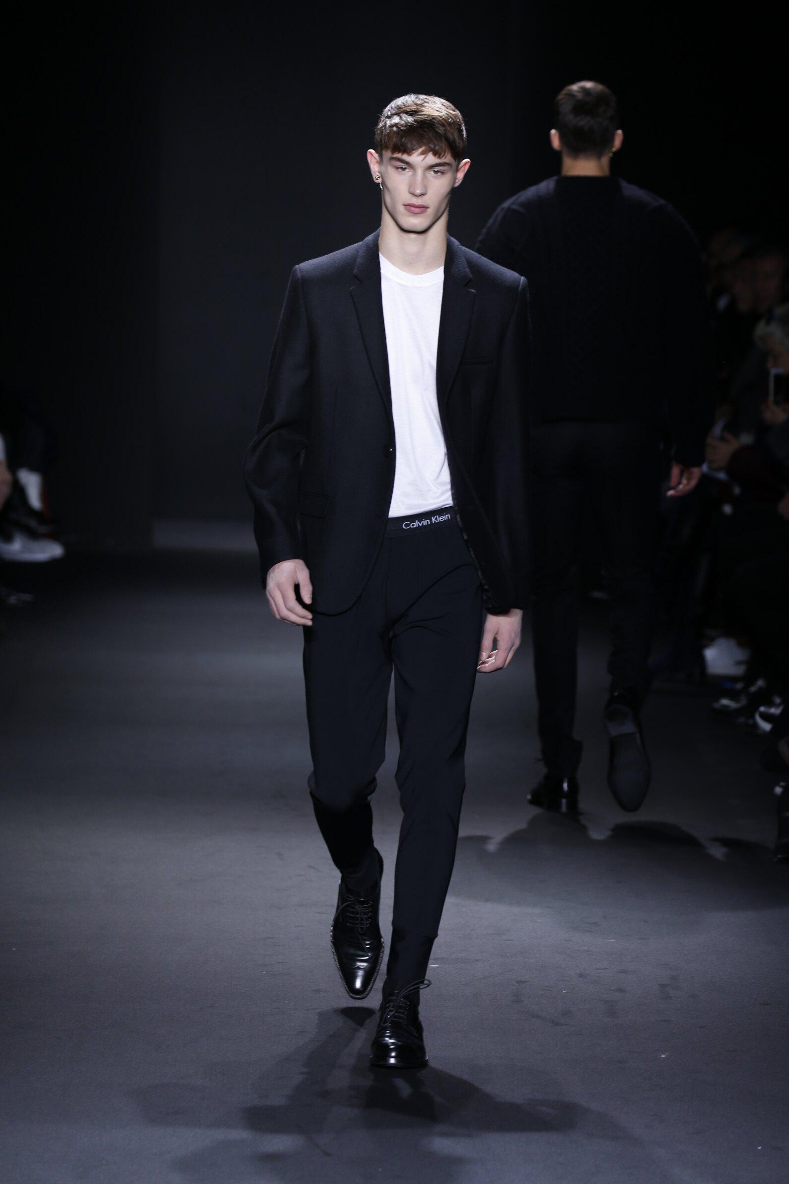 2016 Calvin Klein Collection Catwalk