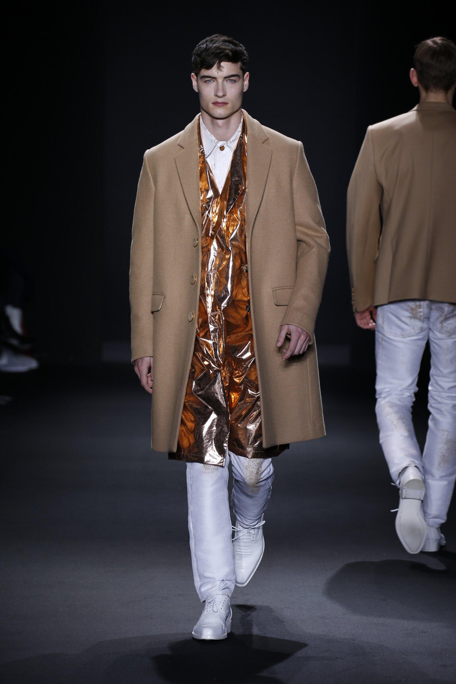 Calvin Klein Collection Style