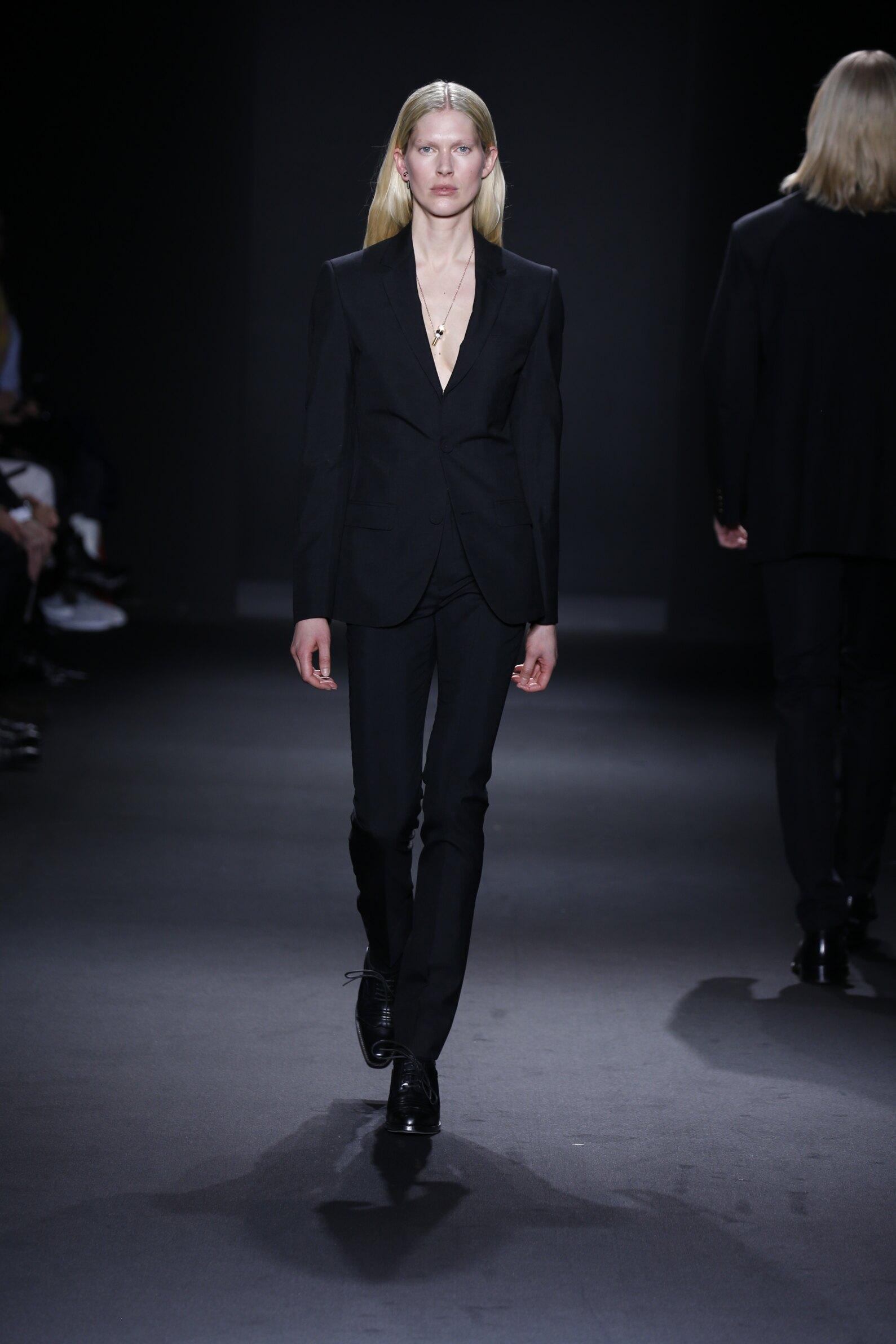 Calvin Klein Collection Woman Style