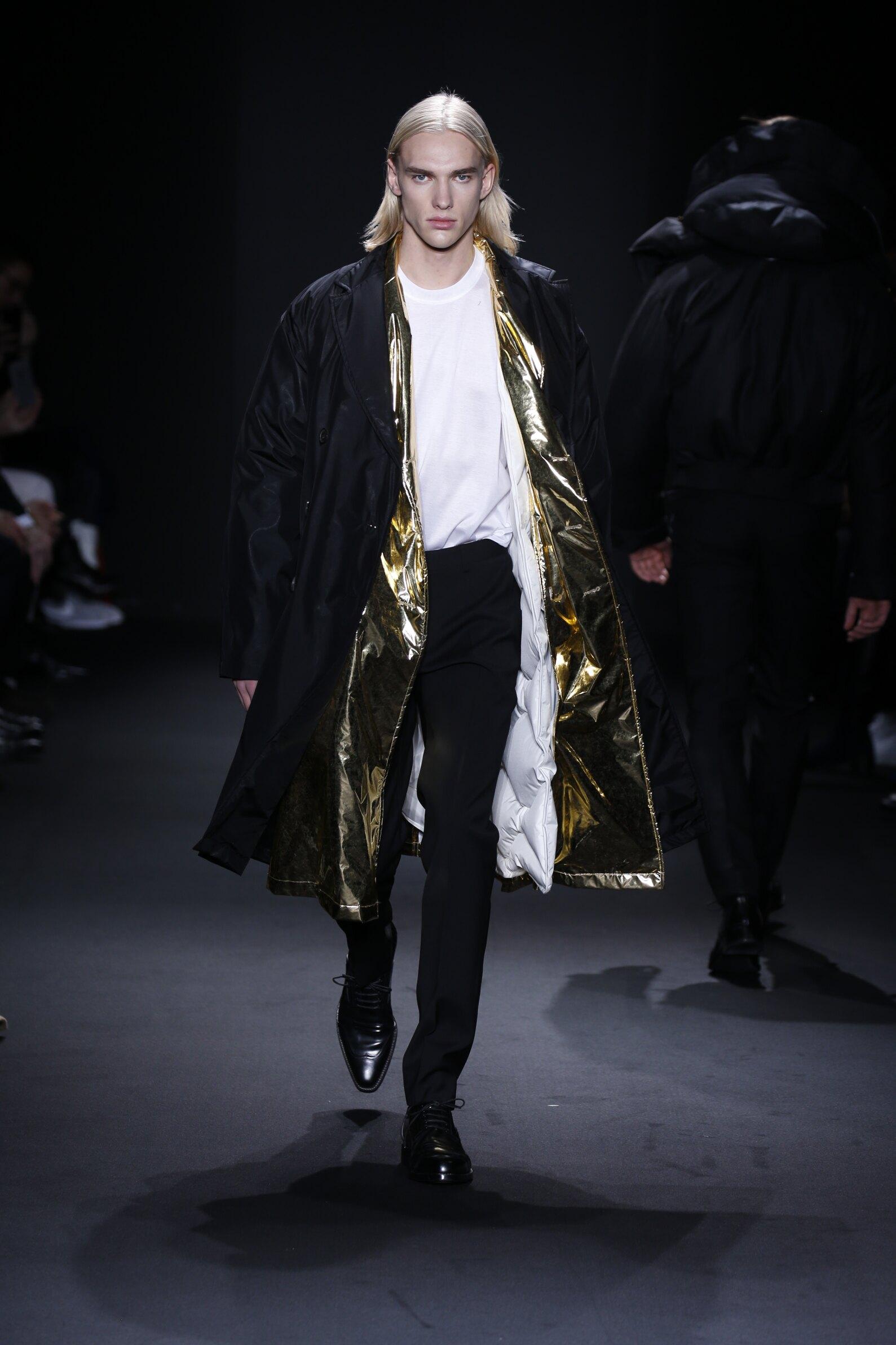 Catwalk Calvin Klein Collection Man Fashion Show Winter 2016