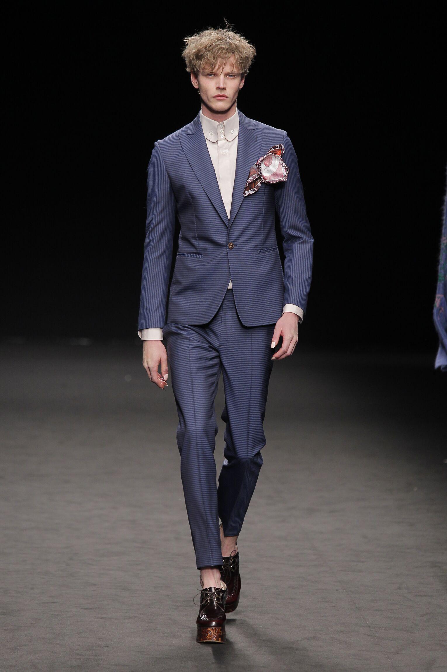 Runway Vivienne Westwood Fall Winter 2016 Men's Collection Milan Fashion Week