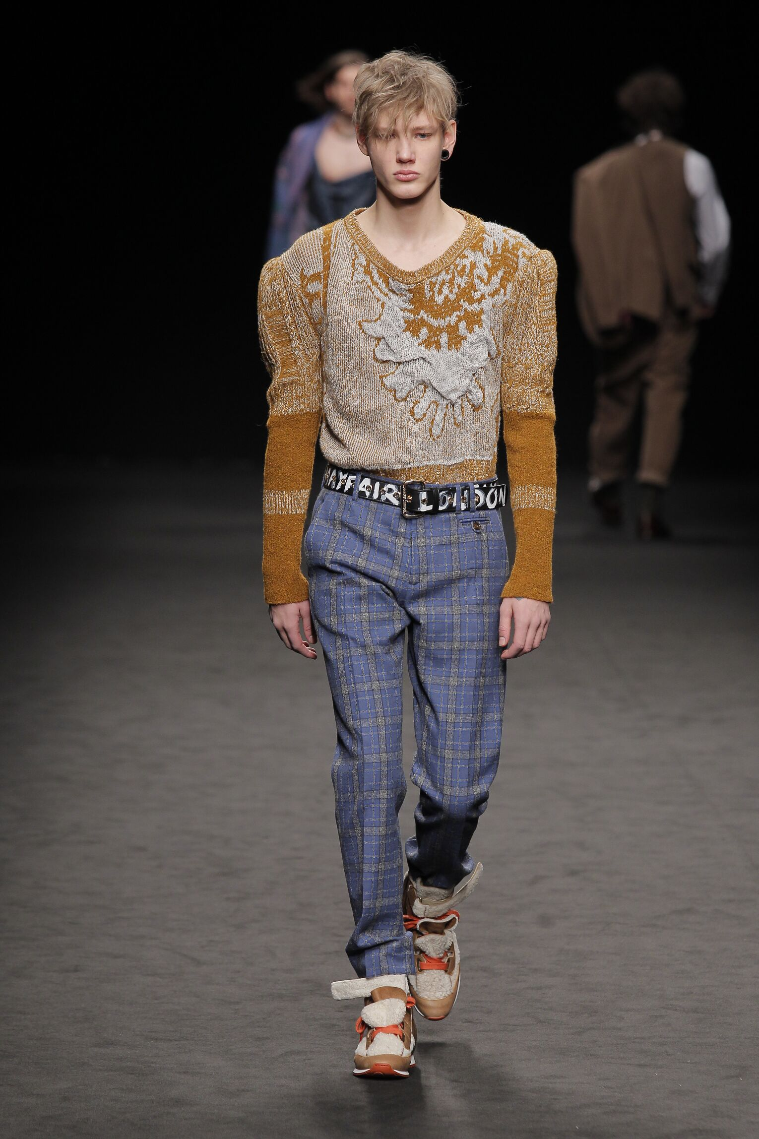 Winter 2016-17 Man Trends Vivienne Westwood