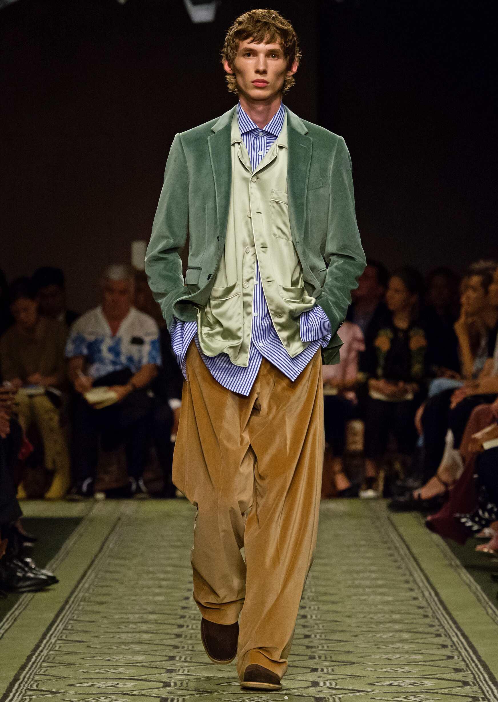 2016 Catwalk Man Burberry Show Fashion Week