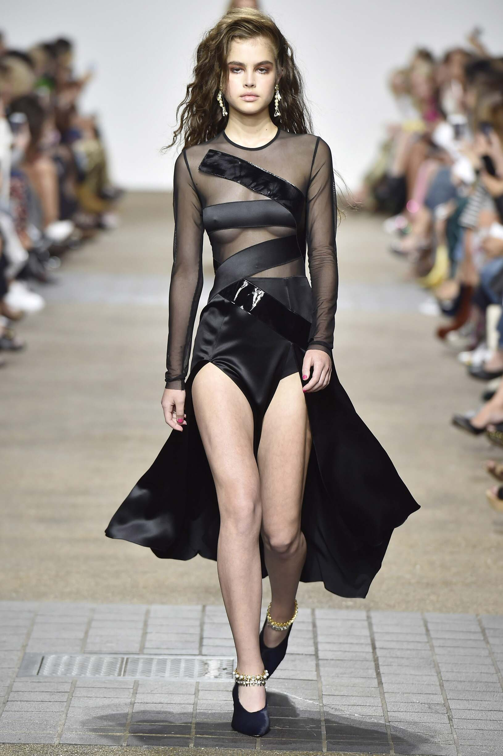 2016 Catwalk Topshop Unique LFW