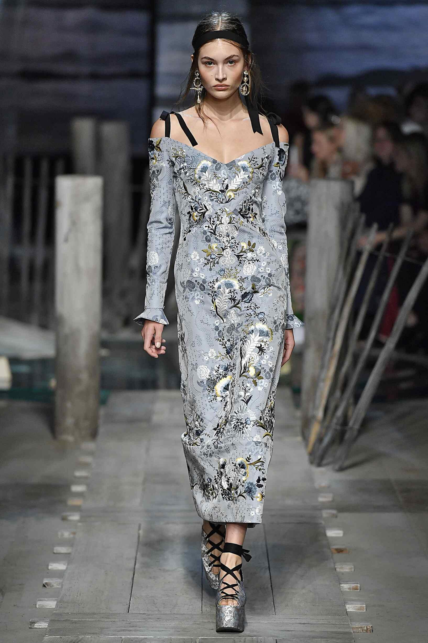 2017 Catwalk Erdem Woman Fashion Show Summer