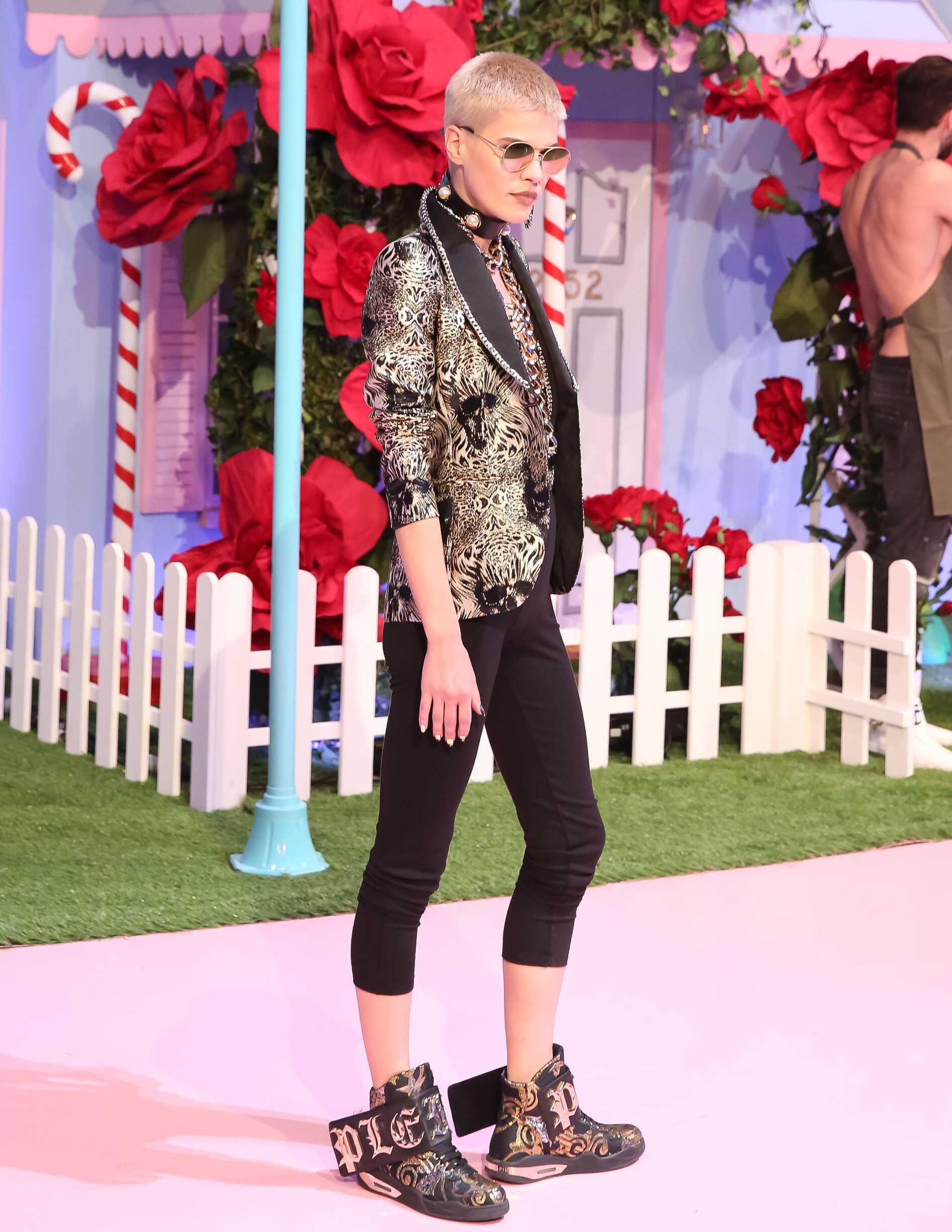 2017 Catwalk Philipp Plein Woman Fashion Show Summer
