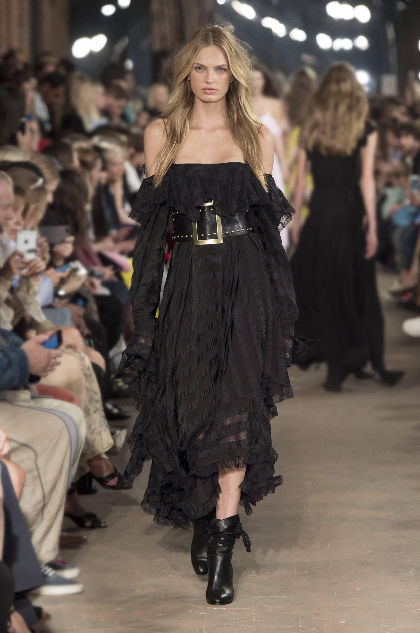 2017 Catwalk Philosophy di Lorenzo Serafini Woman Fashion Show Summer