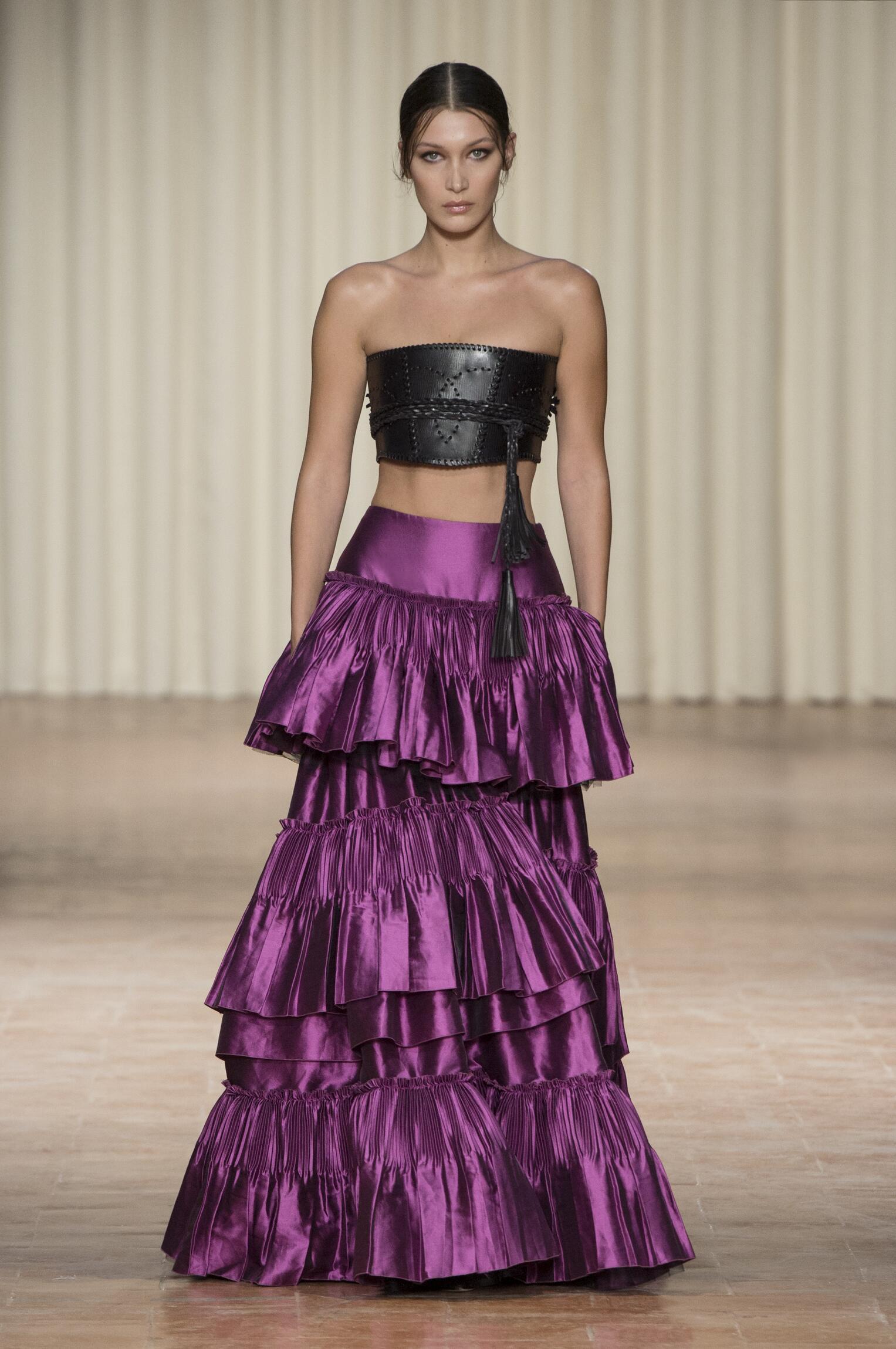 Alberta Ferretti Fashion Show SS 2017