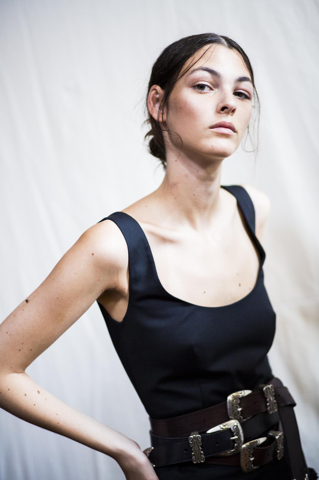 Backstage Alberta Ferretti 2017 Milan