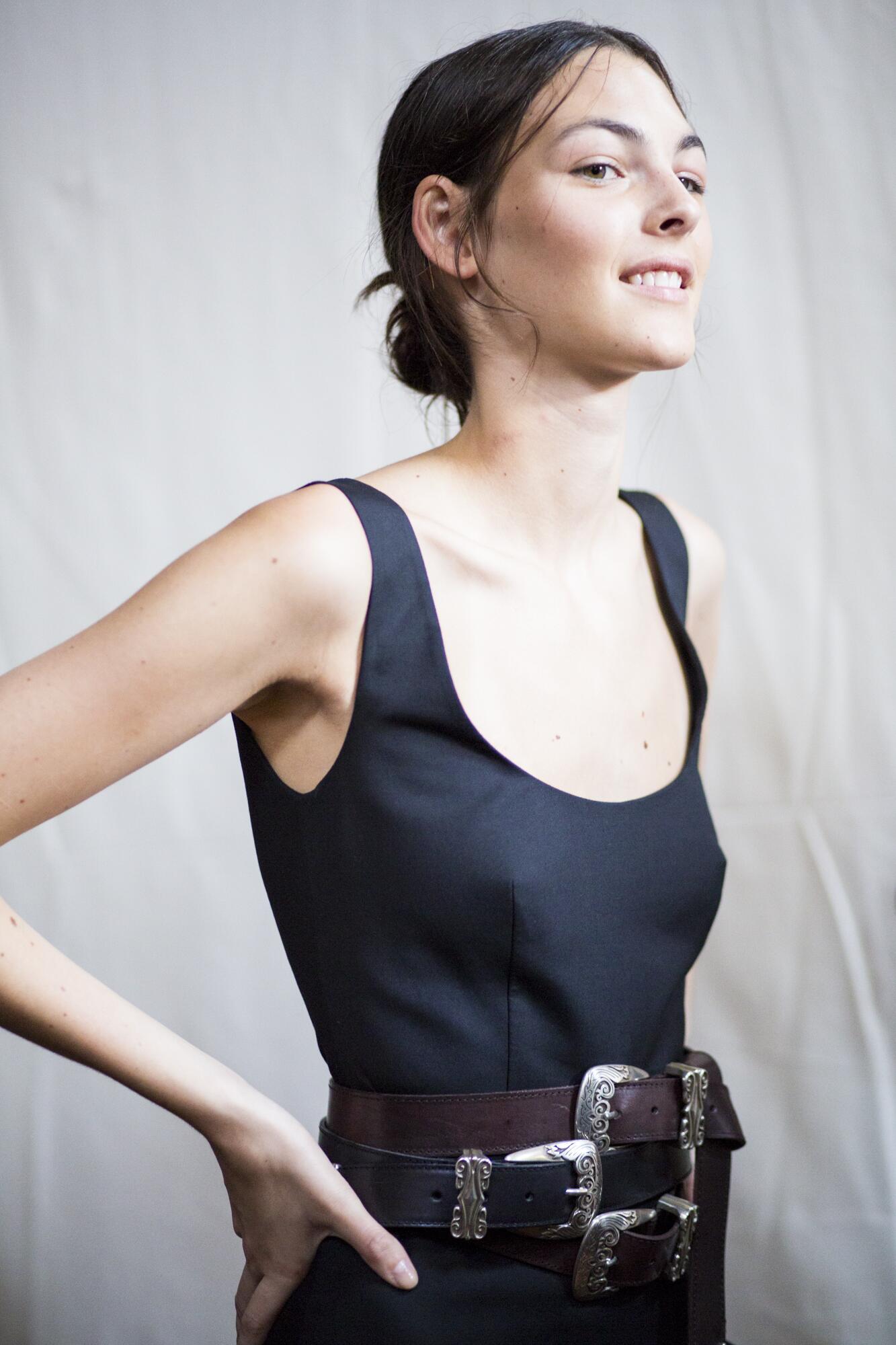 Backstage Alberta Ferretti Fashion Model