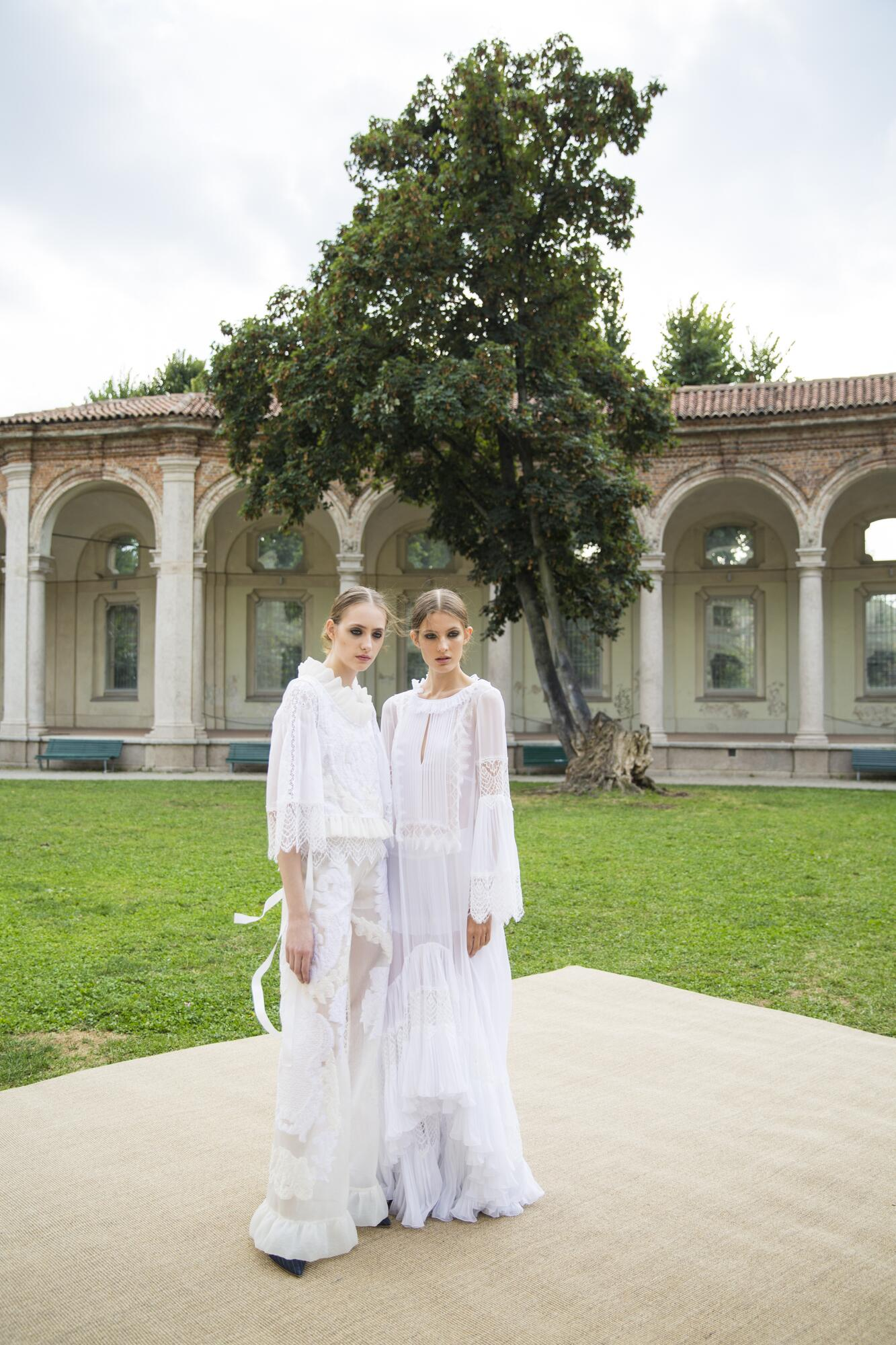 Backstage Alberta Ferretti Fashion Show Models Milan