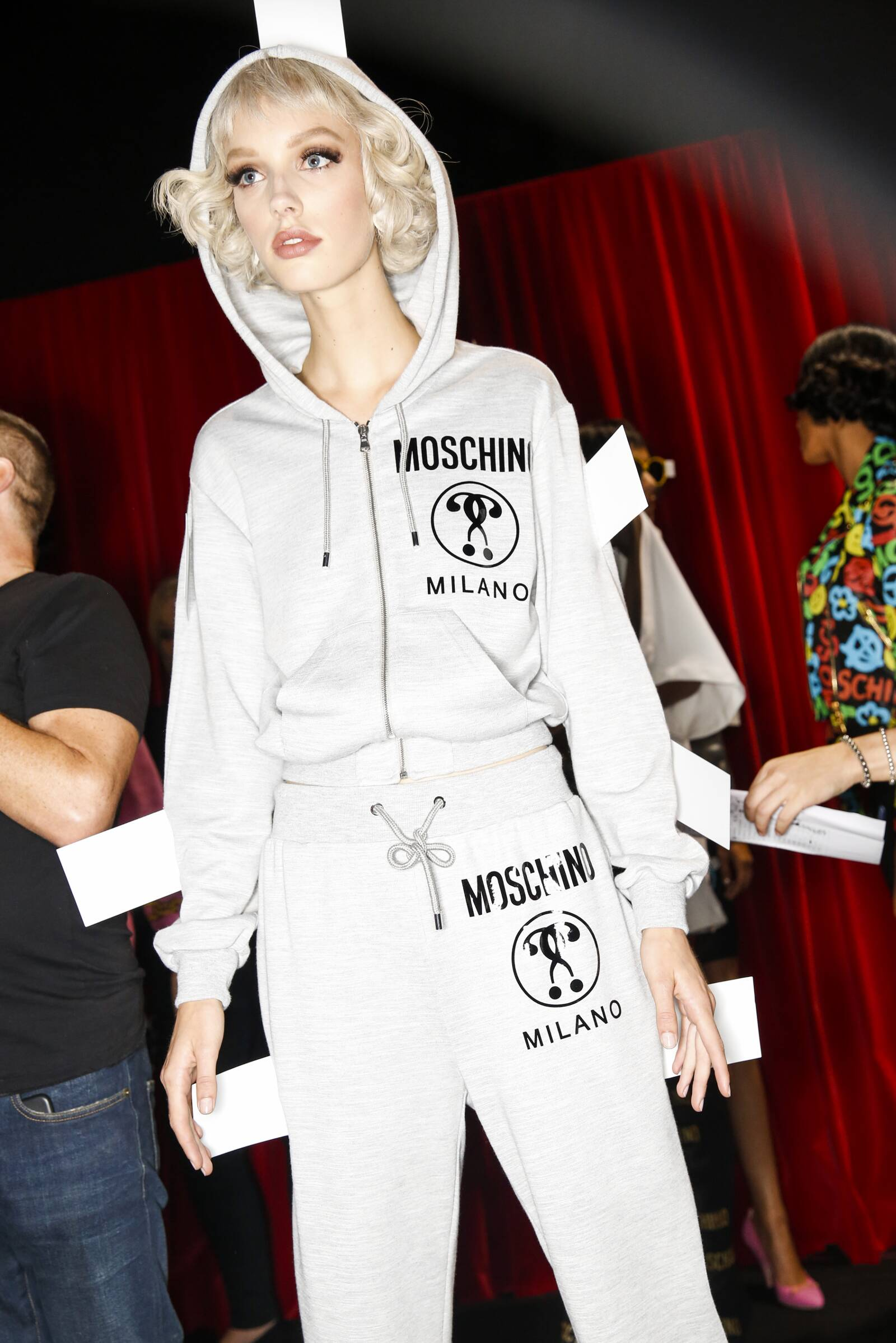 Backstage Woman Moschino Model Milan Fashion Week