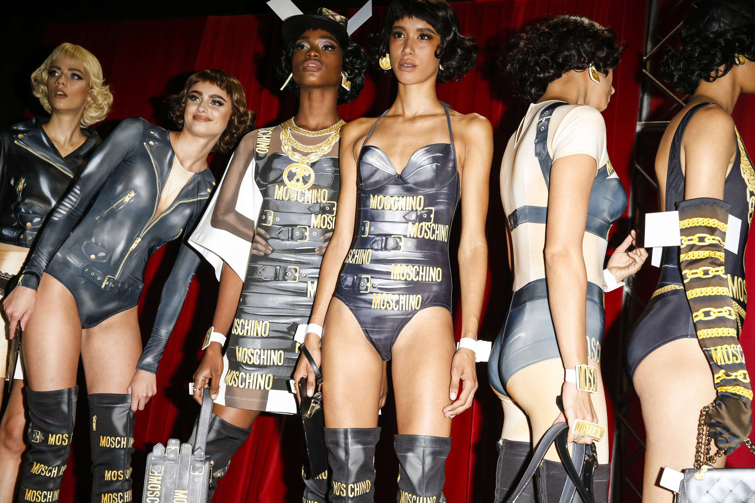 Backstage Women Moschino Models