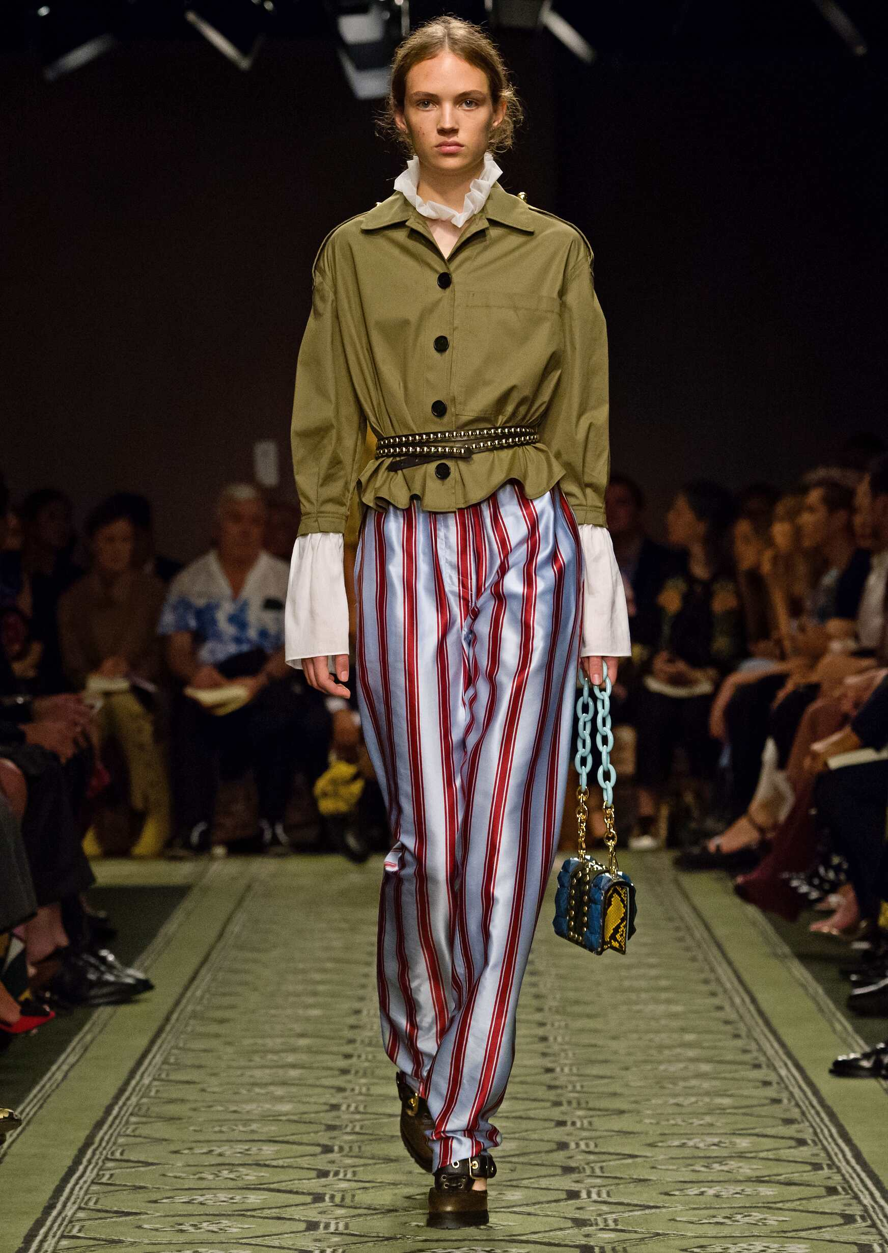 Burberry Woman Fashion Week