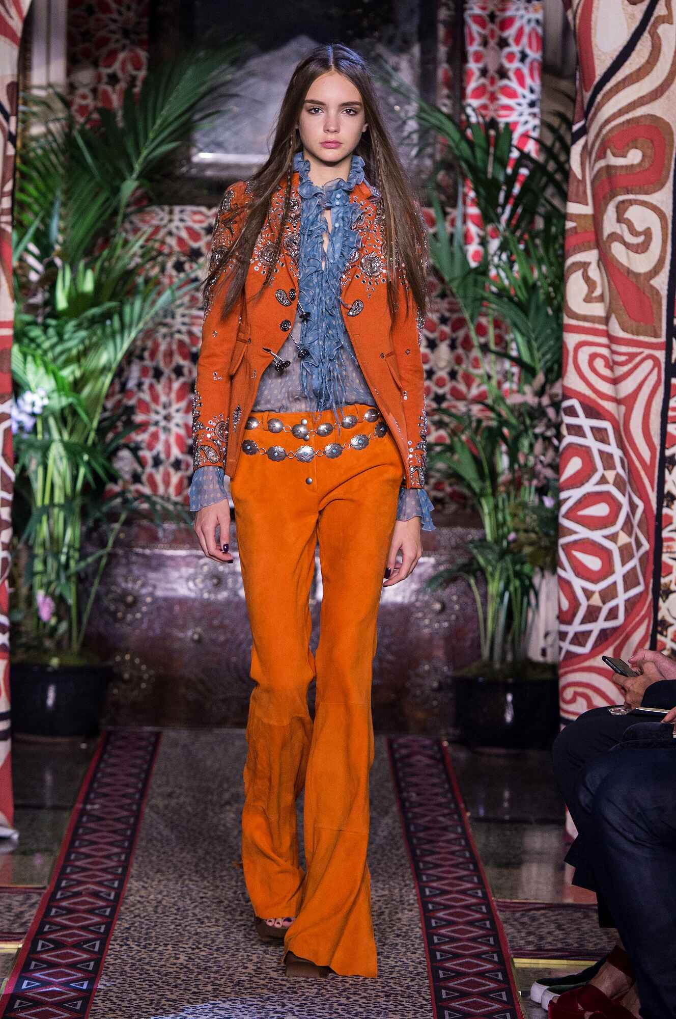 Catwalk Roberto Cavalli Woman Fashion Show Summer 2017