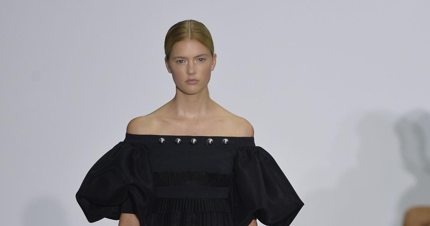 David Koma Fashion Show SS 2017 London