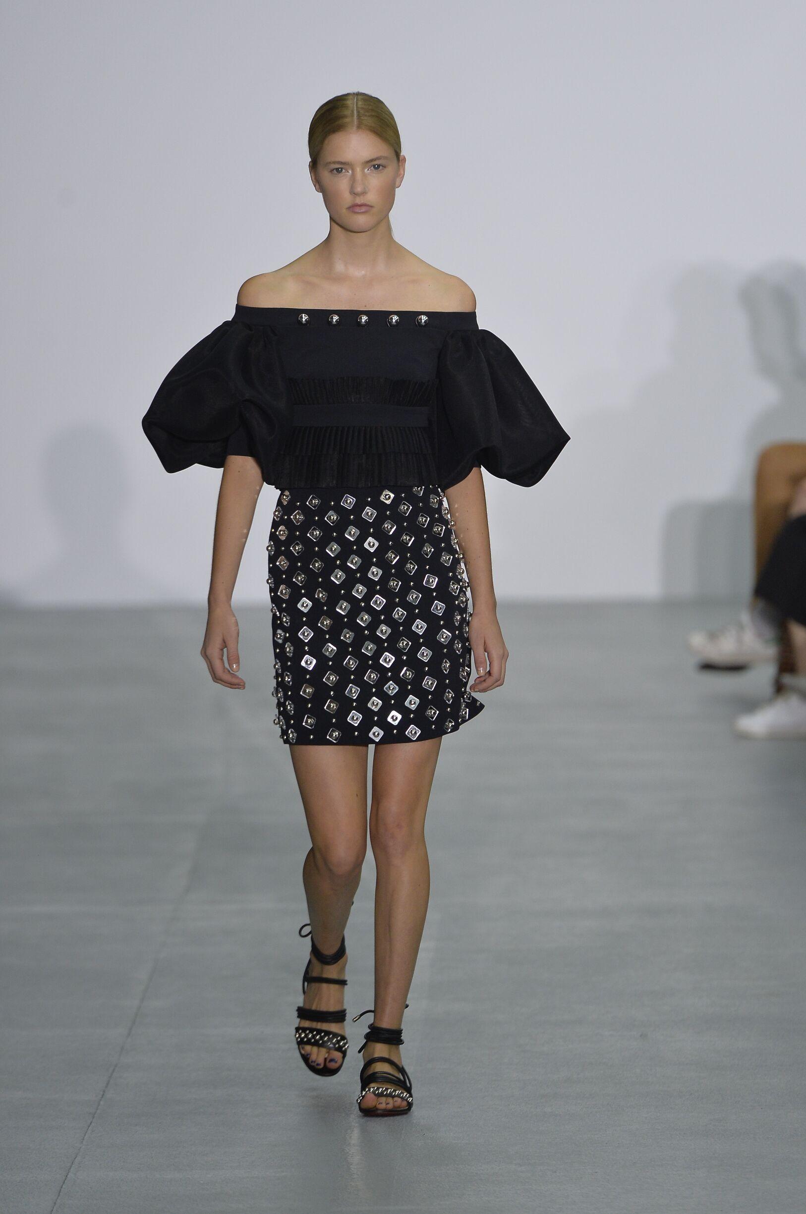 David Koma Fashion Show SS 2017