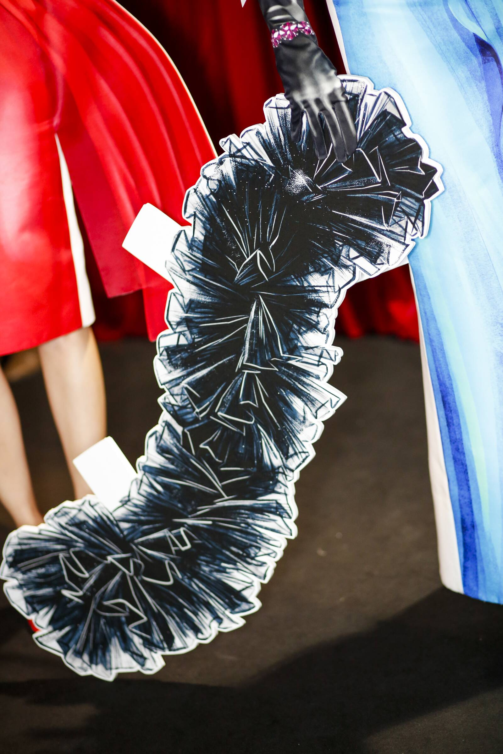 Detail Moschino Backstage Spring 17 Milan Fashion Week