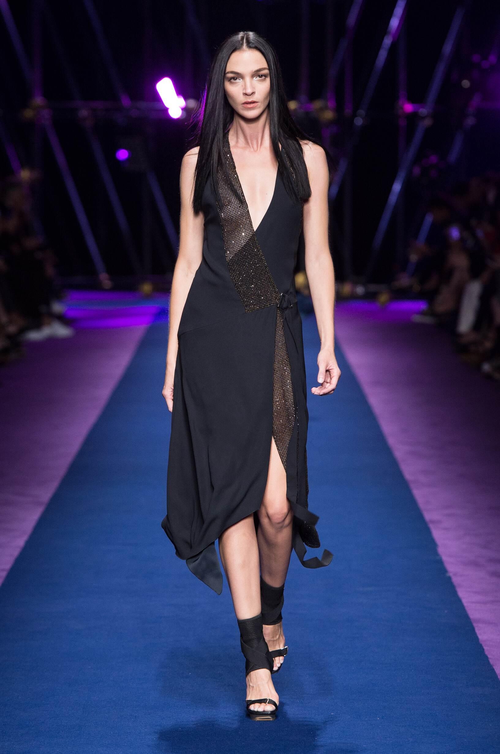 Fashion 2017 Catwalk Versace