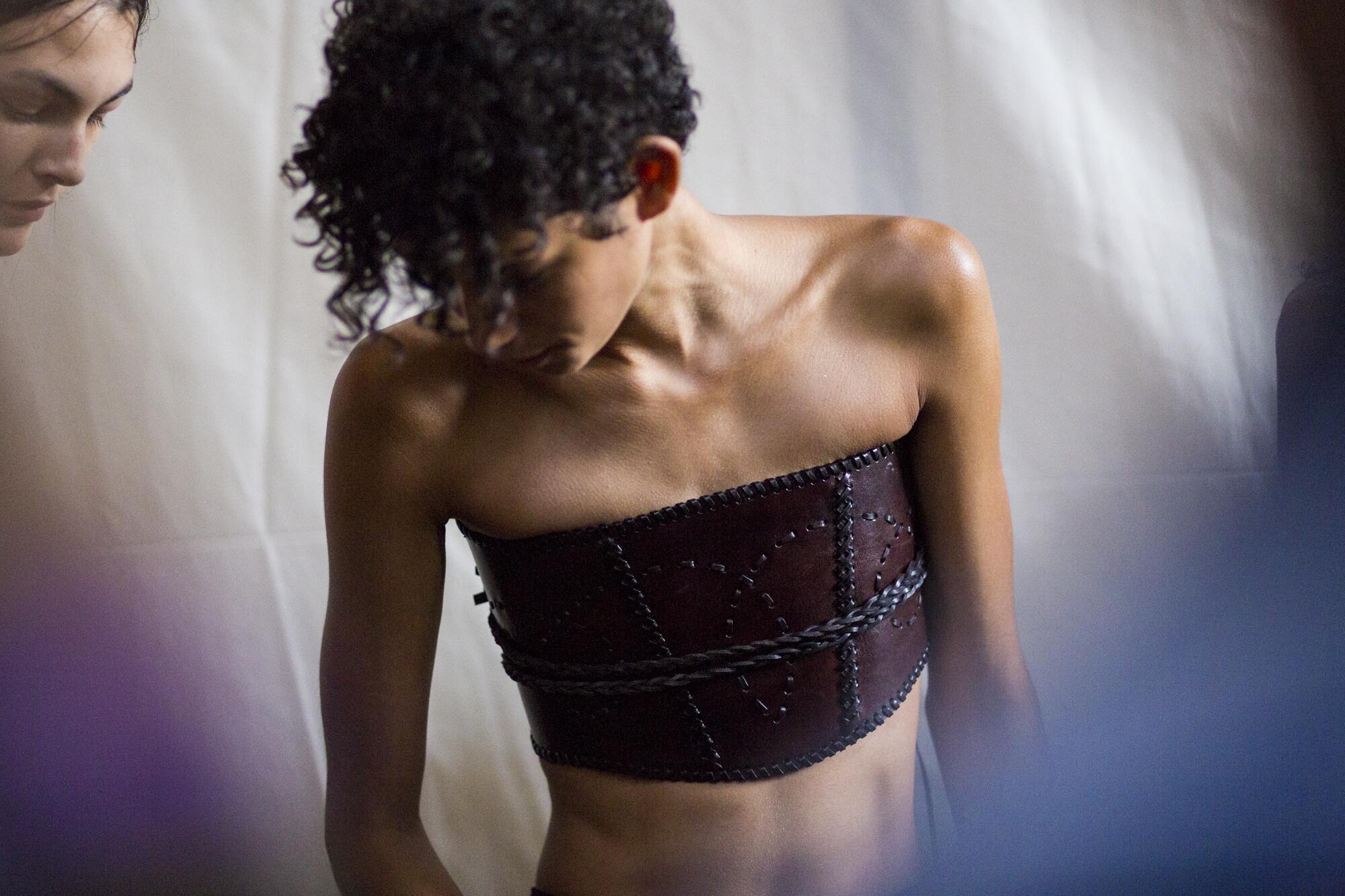 Fashion Model Alberta Ferretti Backstage Milan Fashion Week