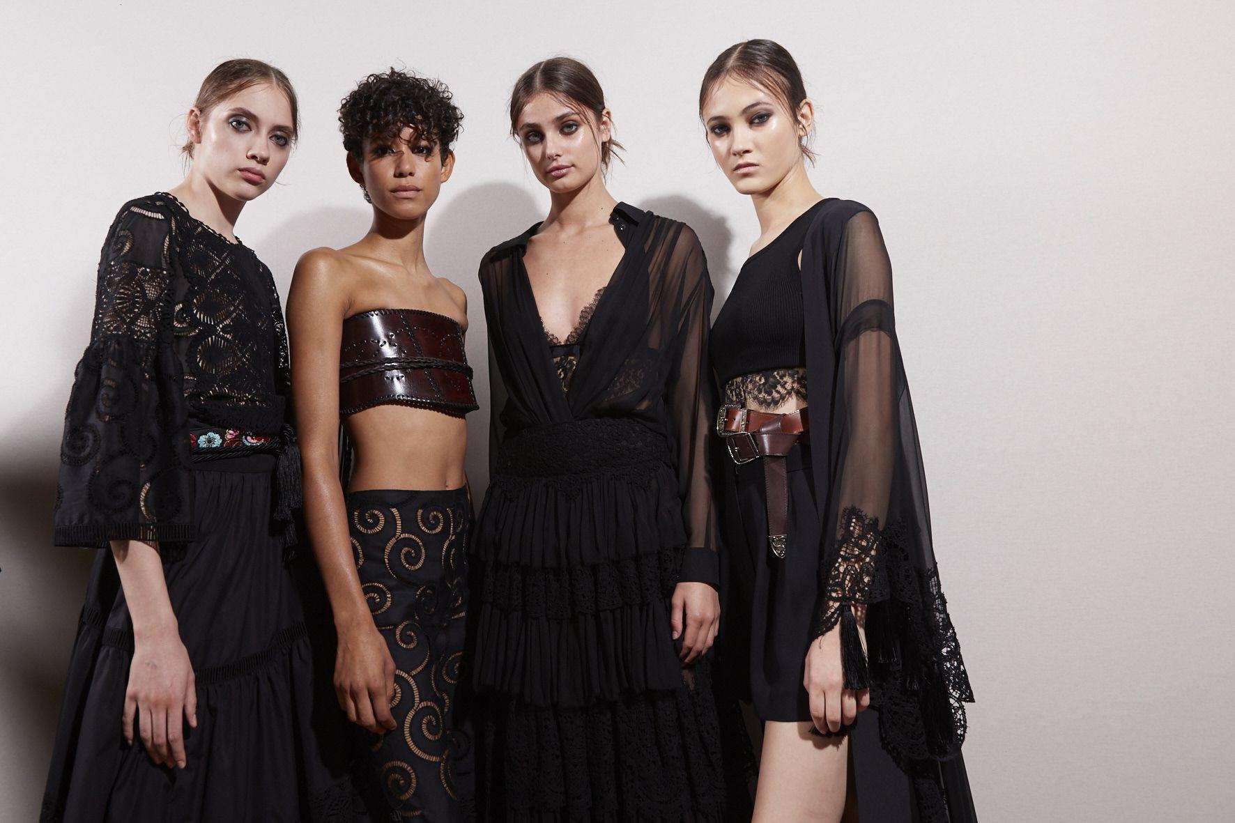 Fashion Show Womenswear Backstage Alberta Ferretti