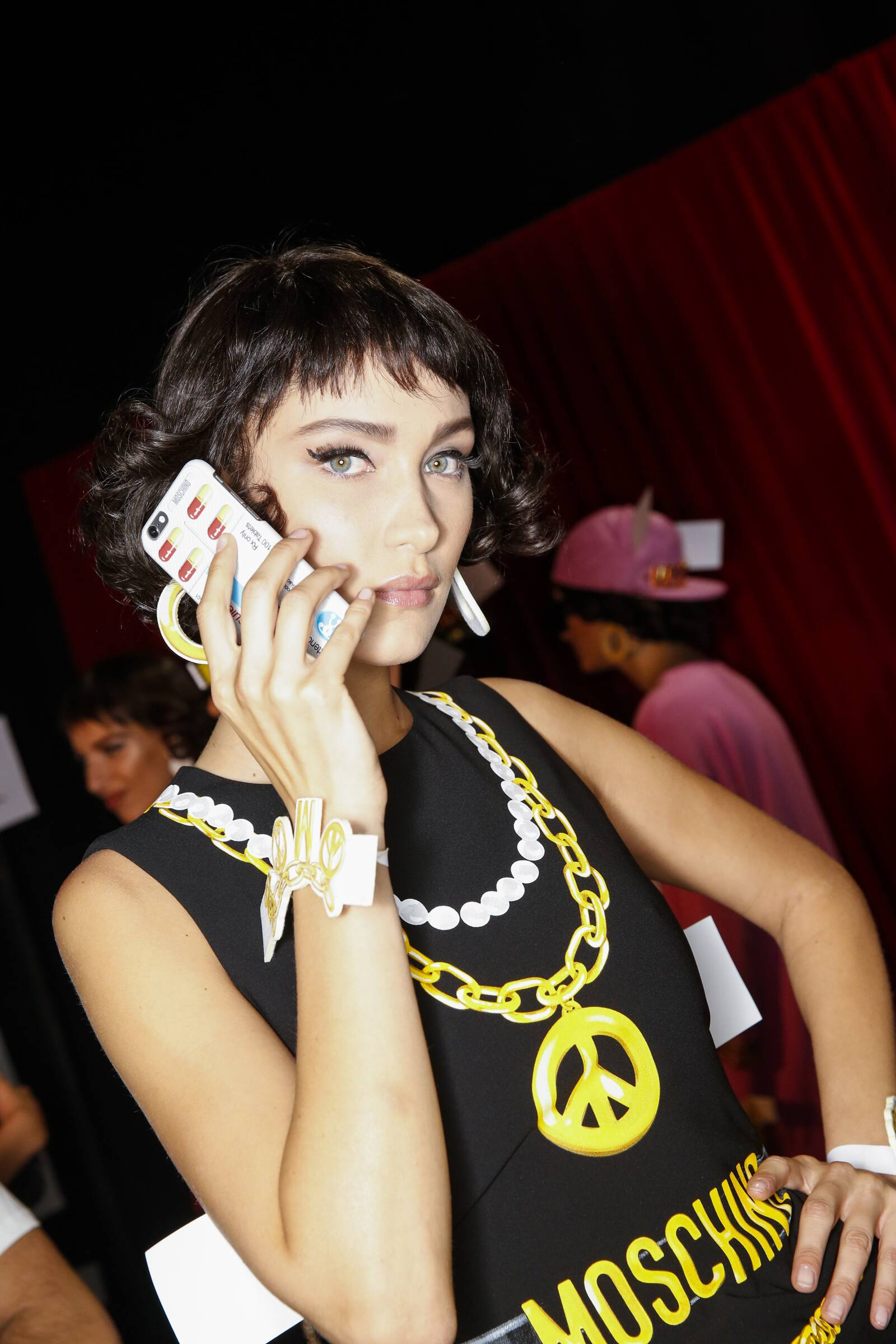Fashion Show Womenswear Backstage Moschino Milan Fashion Week