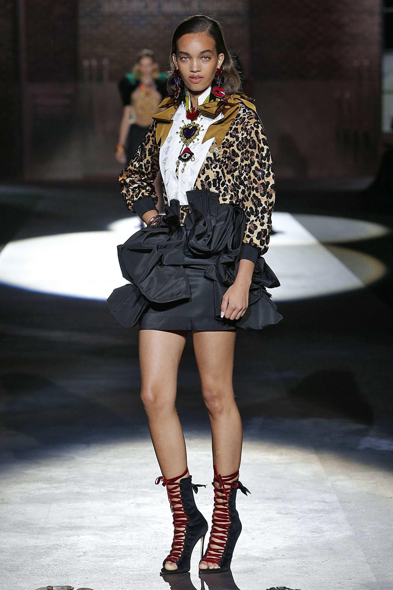 Fashion Woman Model Dsquared2 Catwalk
