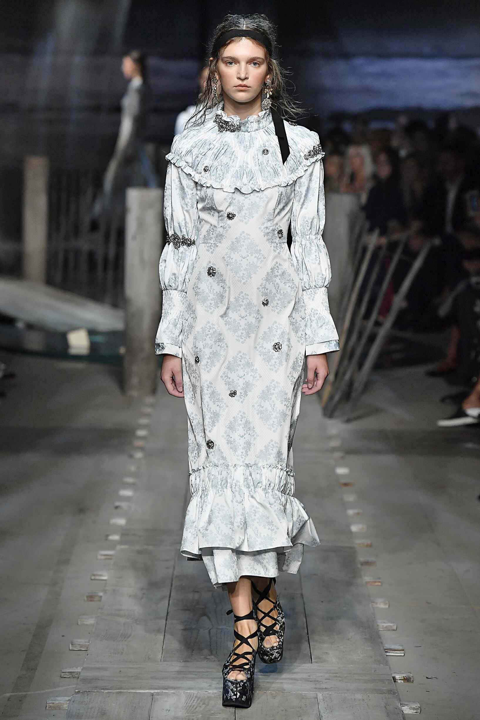 Fashion Woman Model Erdem Catwalk