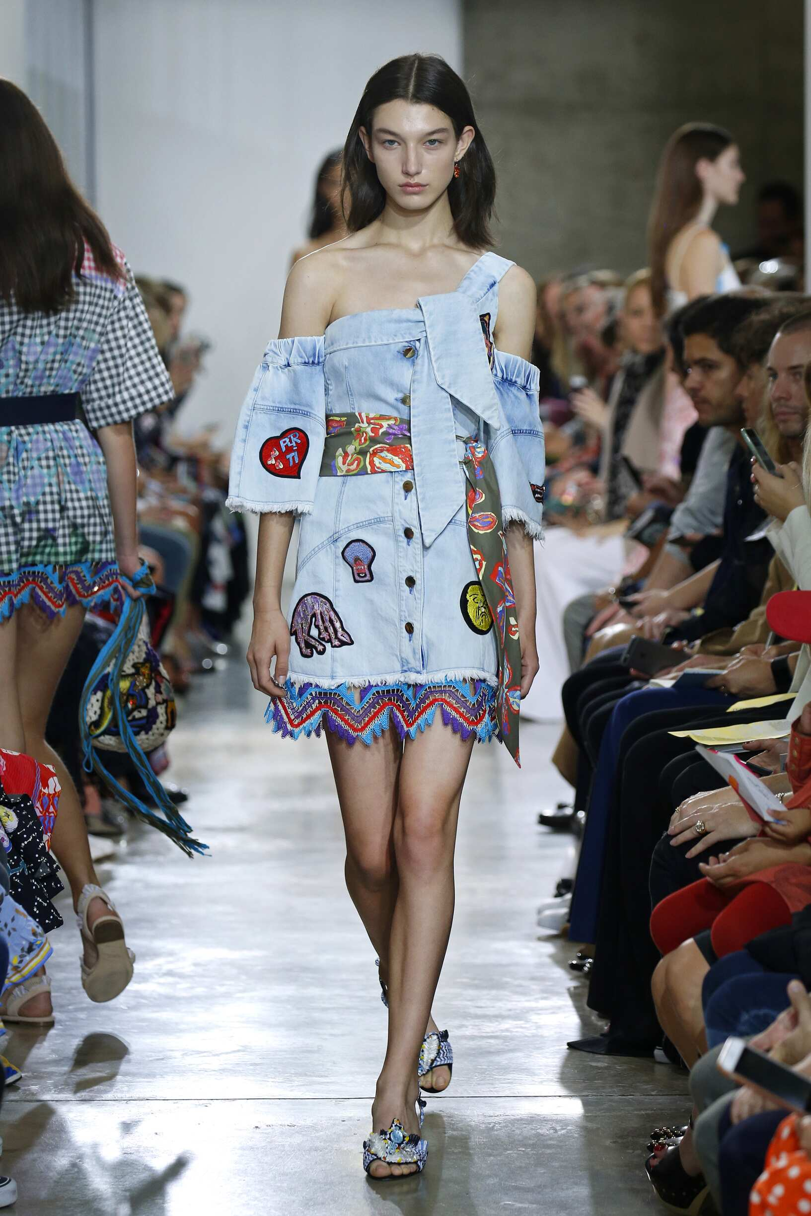 Fashion Woman Model Peter Pilotto Catwalk