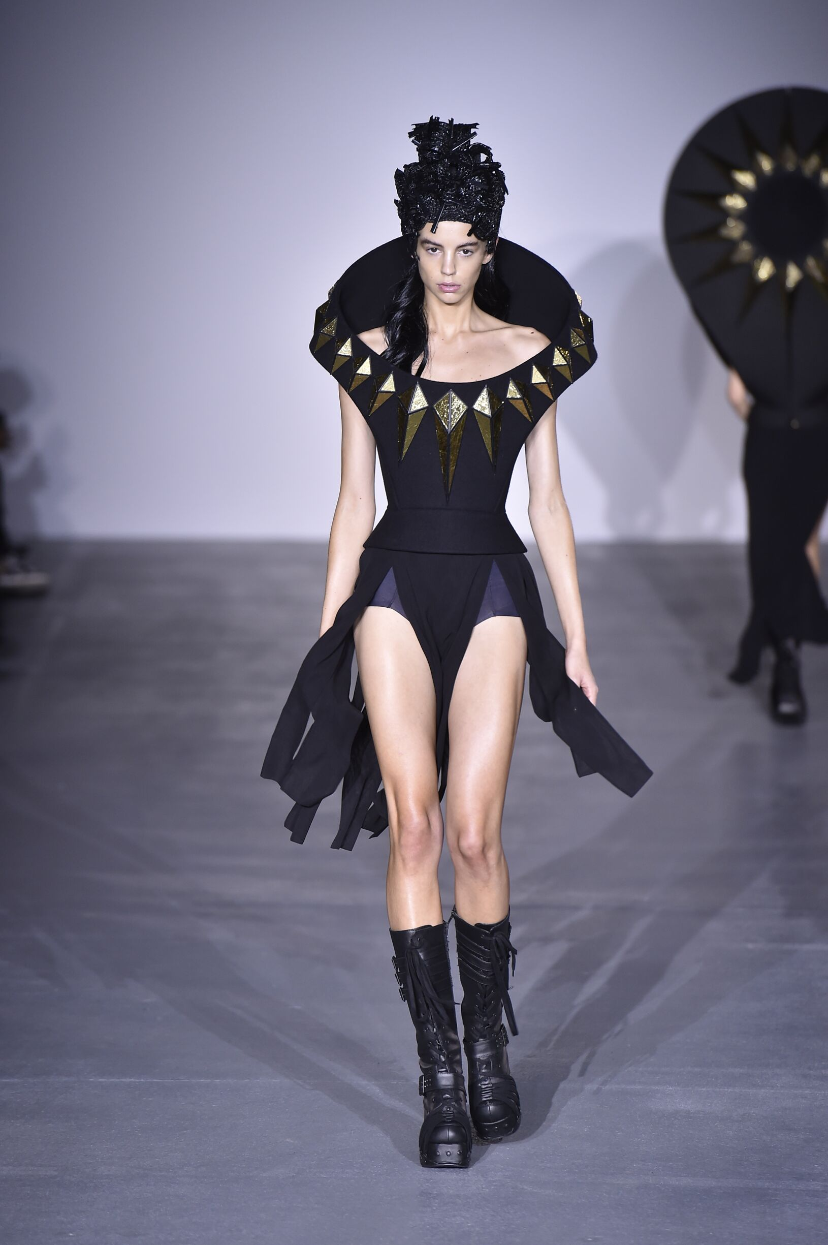Gareth Pugh Fashion Show SS 2017