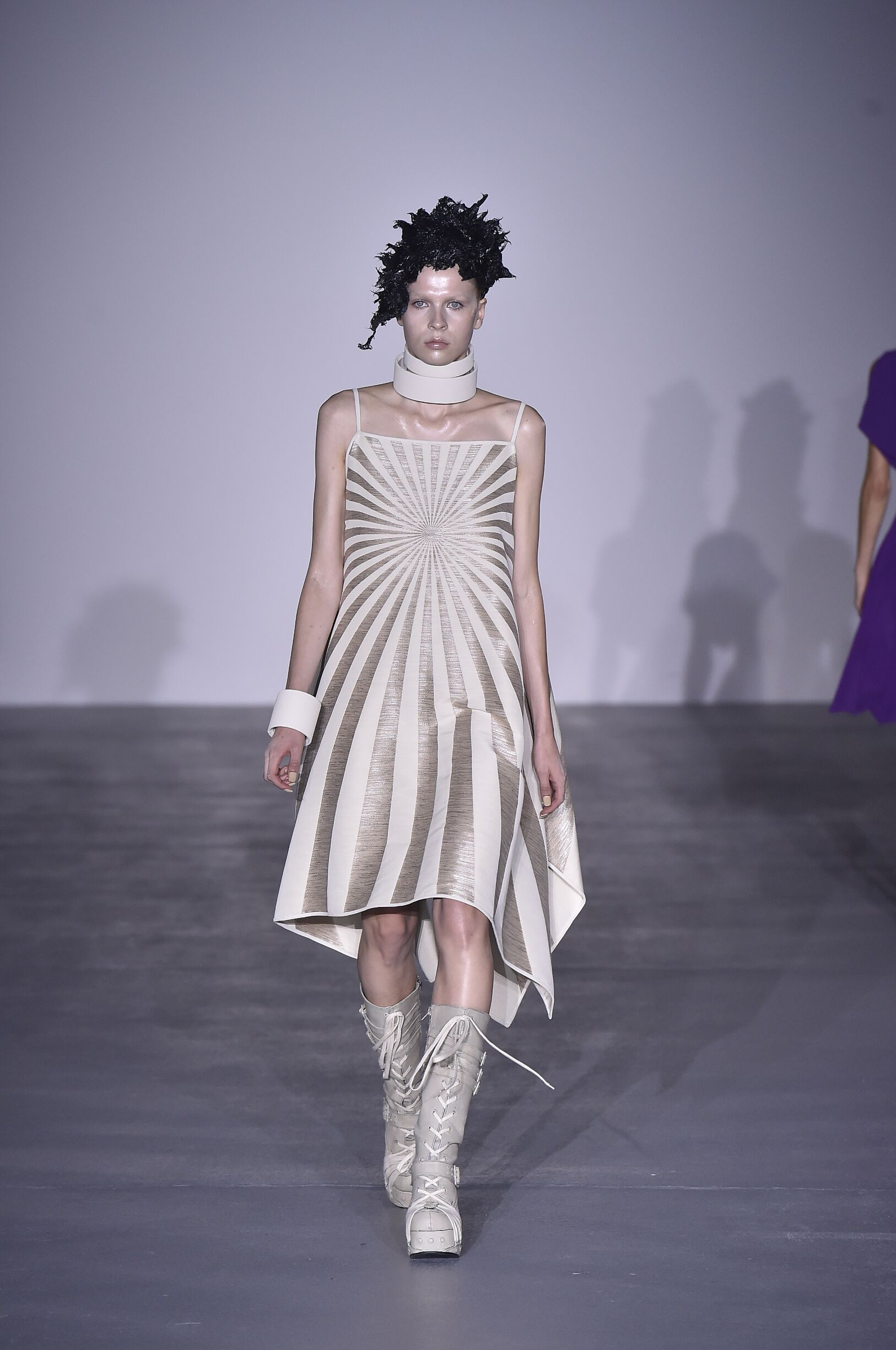 Gareth Pugh SS 2017 Womenswear