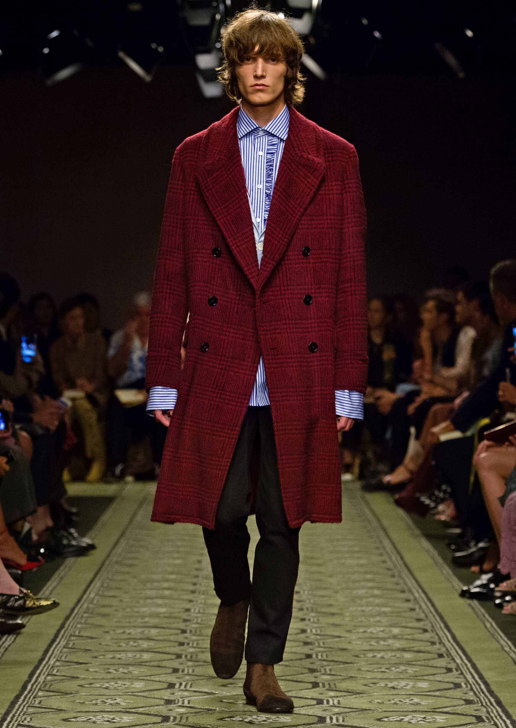Man Catwalk Burberry