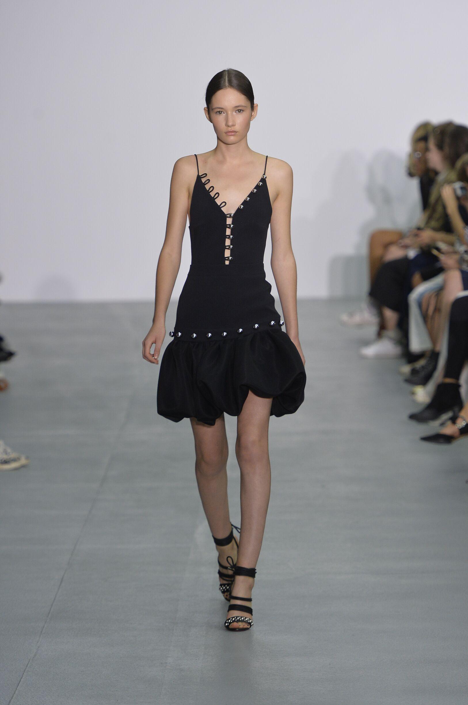 Model Fashion Show David Koma
