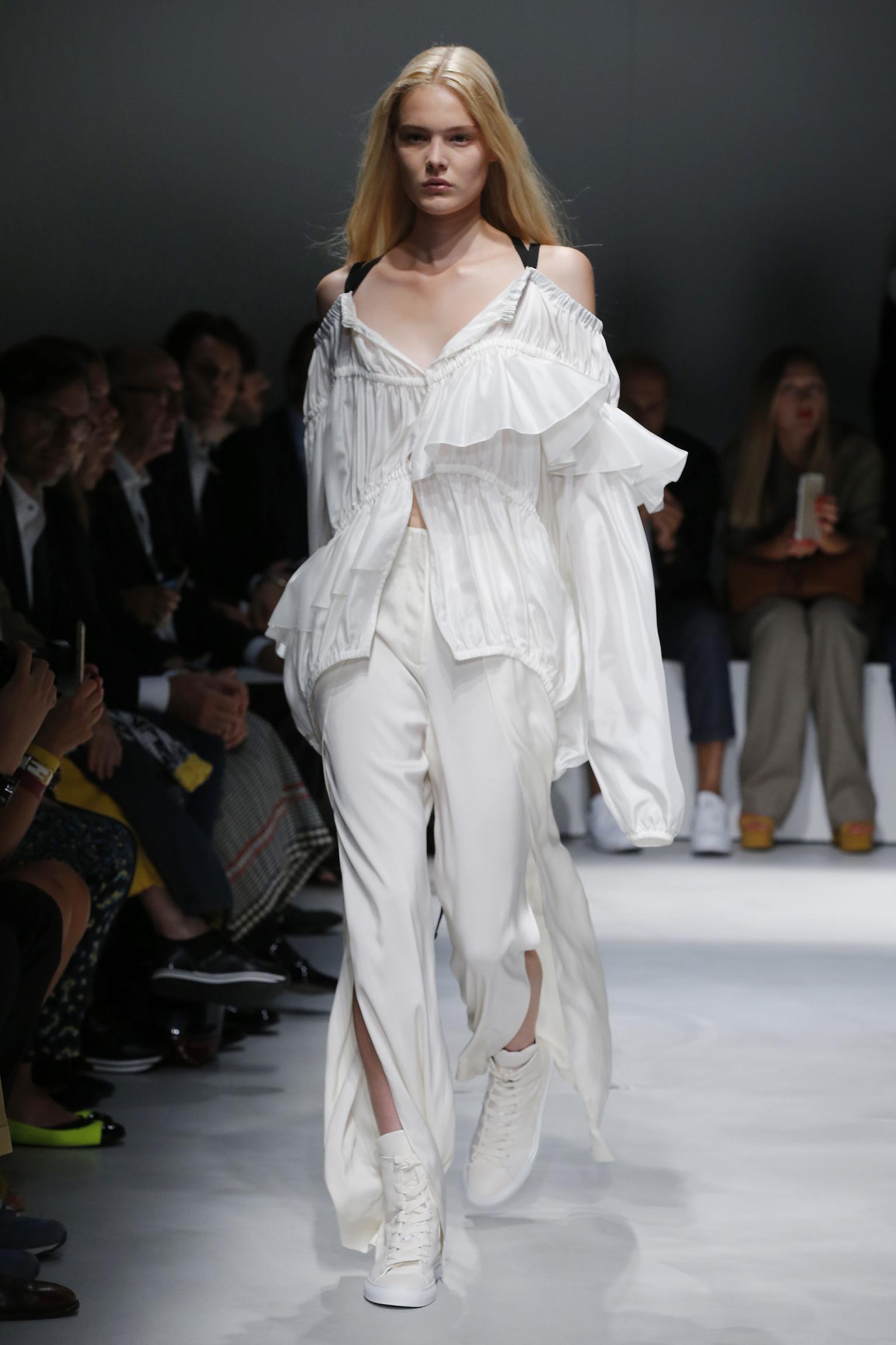 Model Fashion Show Krizia