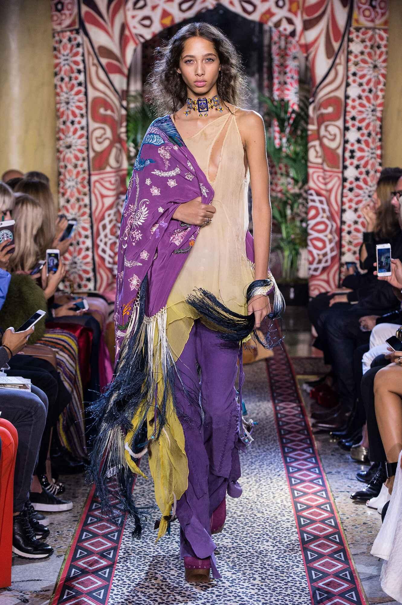 Model Fashion Show Roberto Cavalli