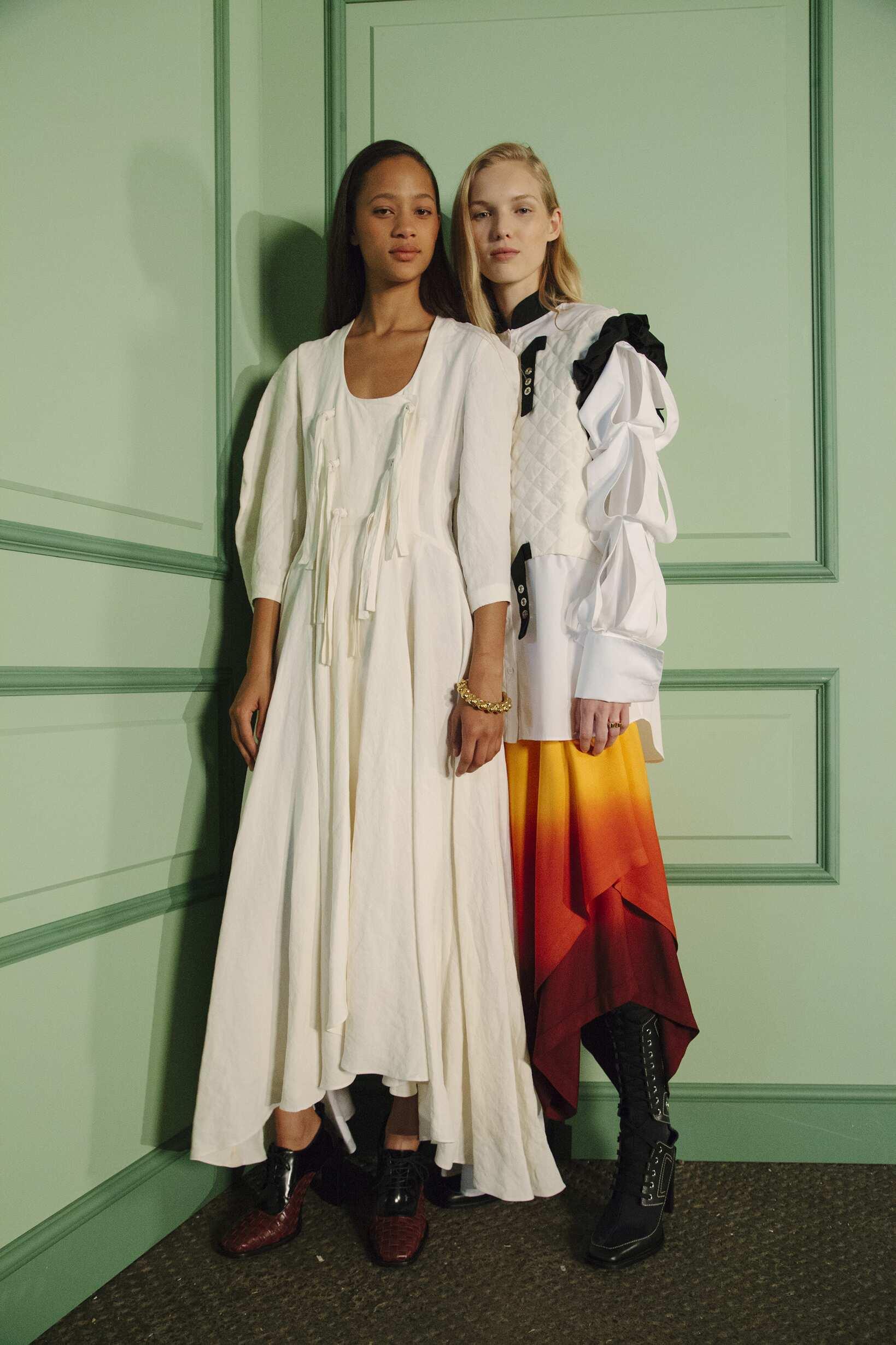 Models J.W. Anderson Backstage Womenswear