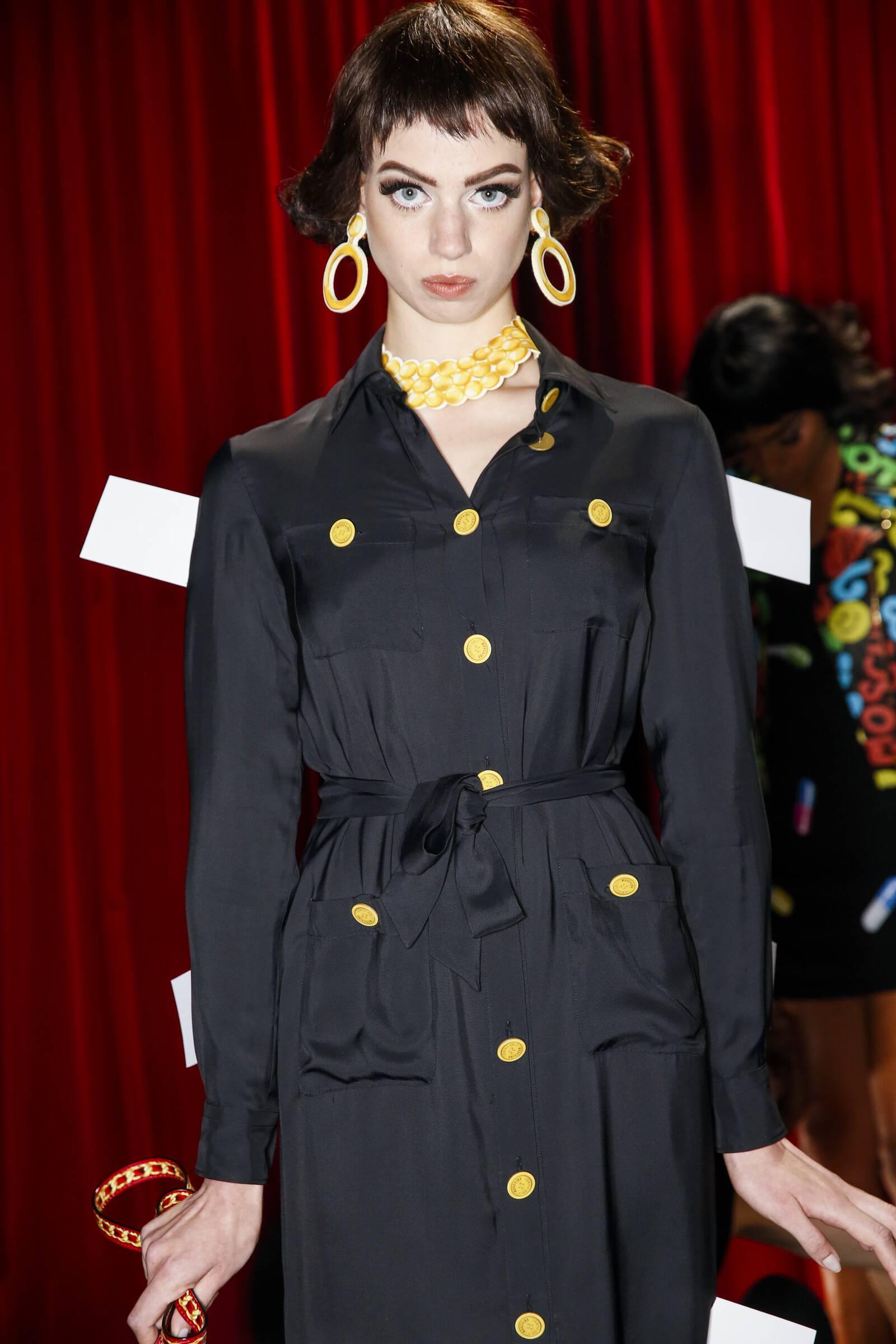 Moschino Backstage SS 2017 Milan Fashion Week