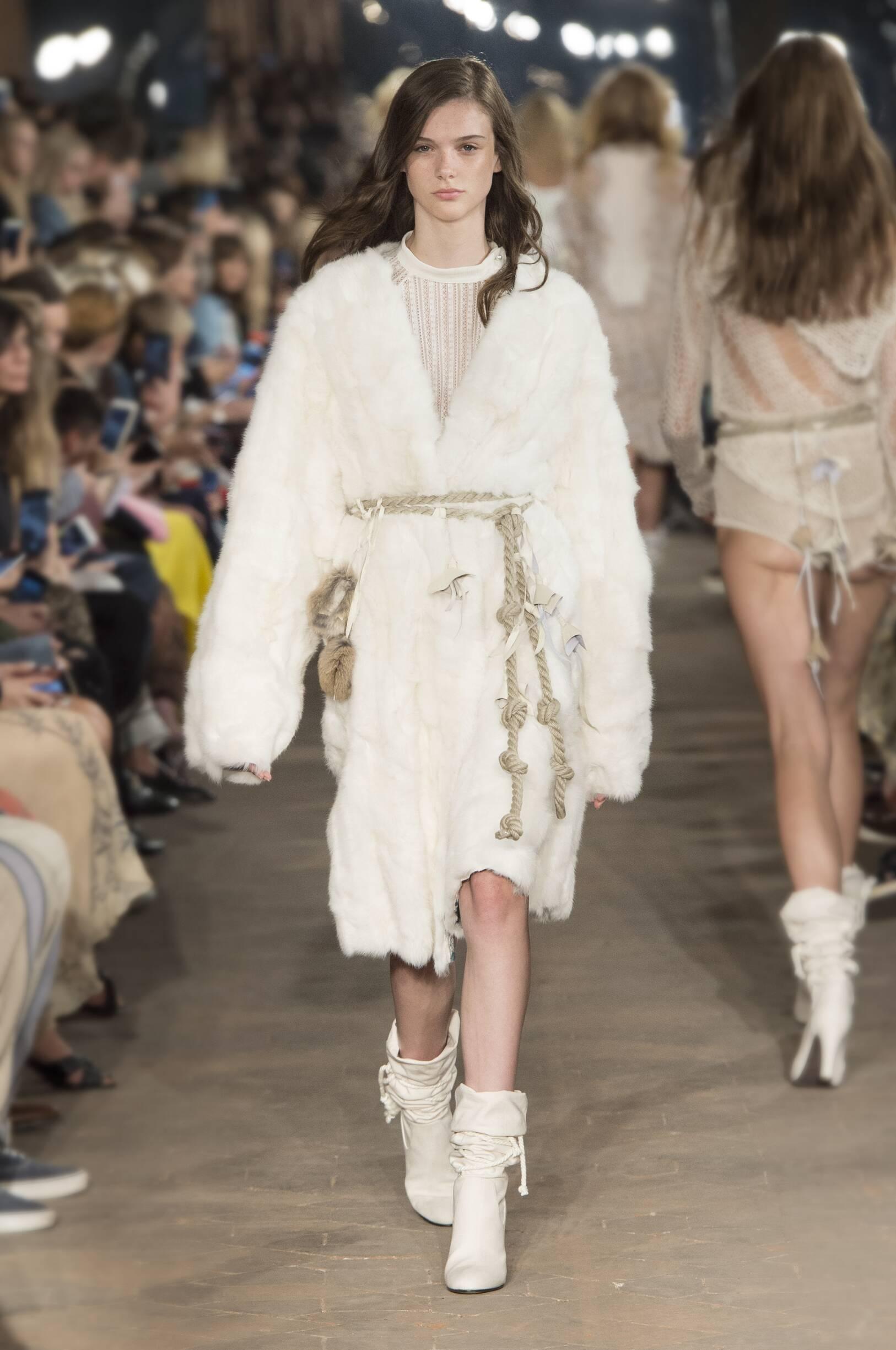 Philosophy di Lorenzo Serafini Spring Summer 2017 Womens Collection Milan Fashion Week