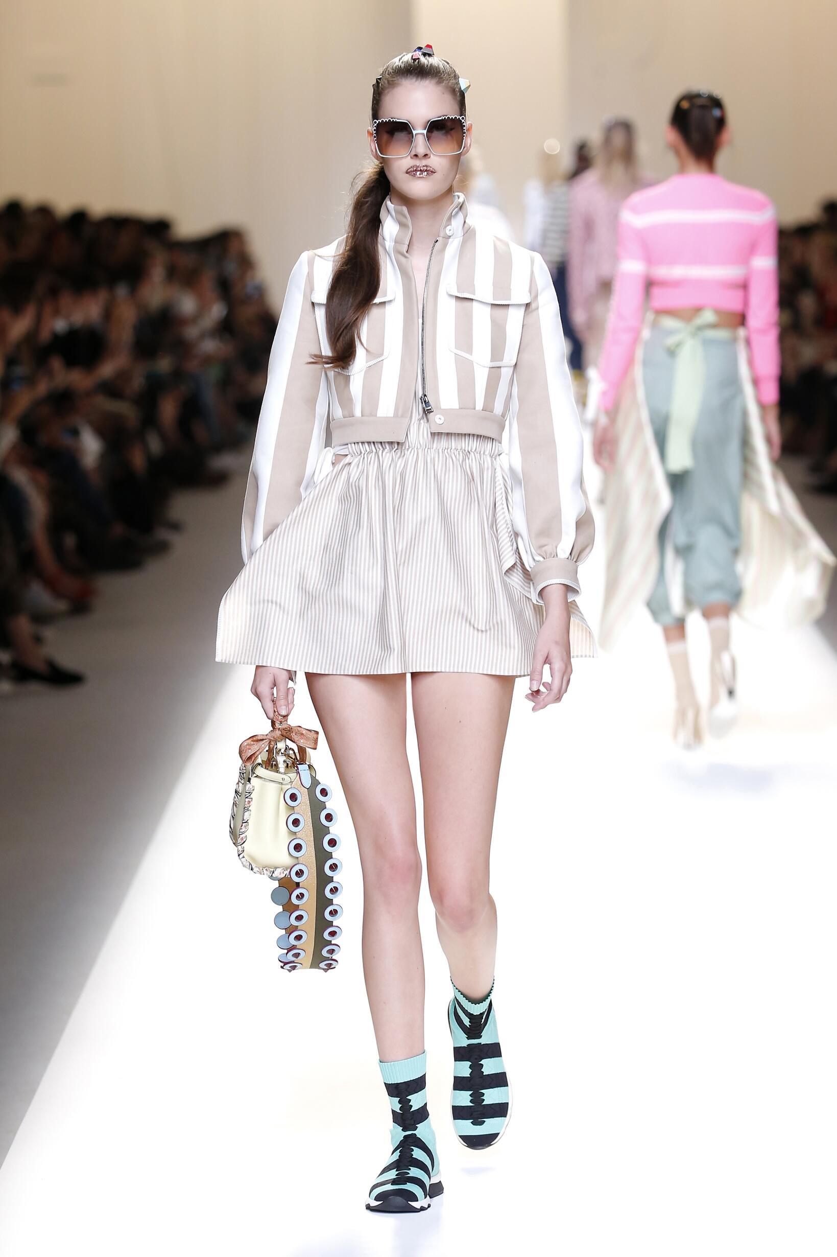 Runway Fendi Spring Summer 2017 Women's Collection Milan Fashion Week