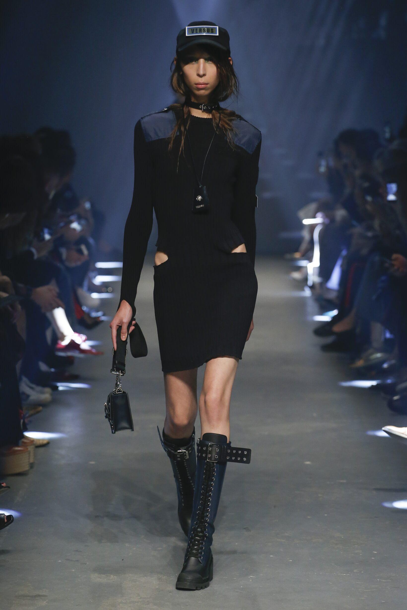 SS 2017 Fashion Show Versus Versace