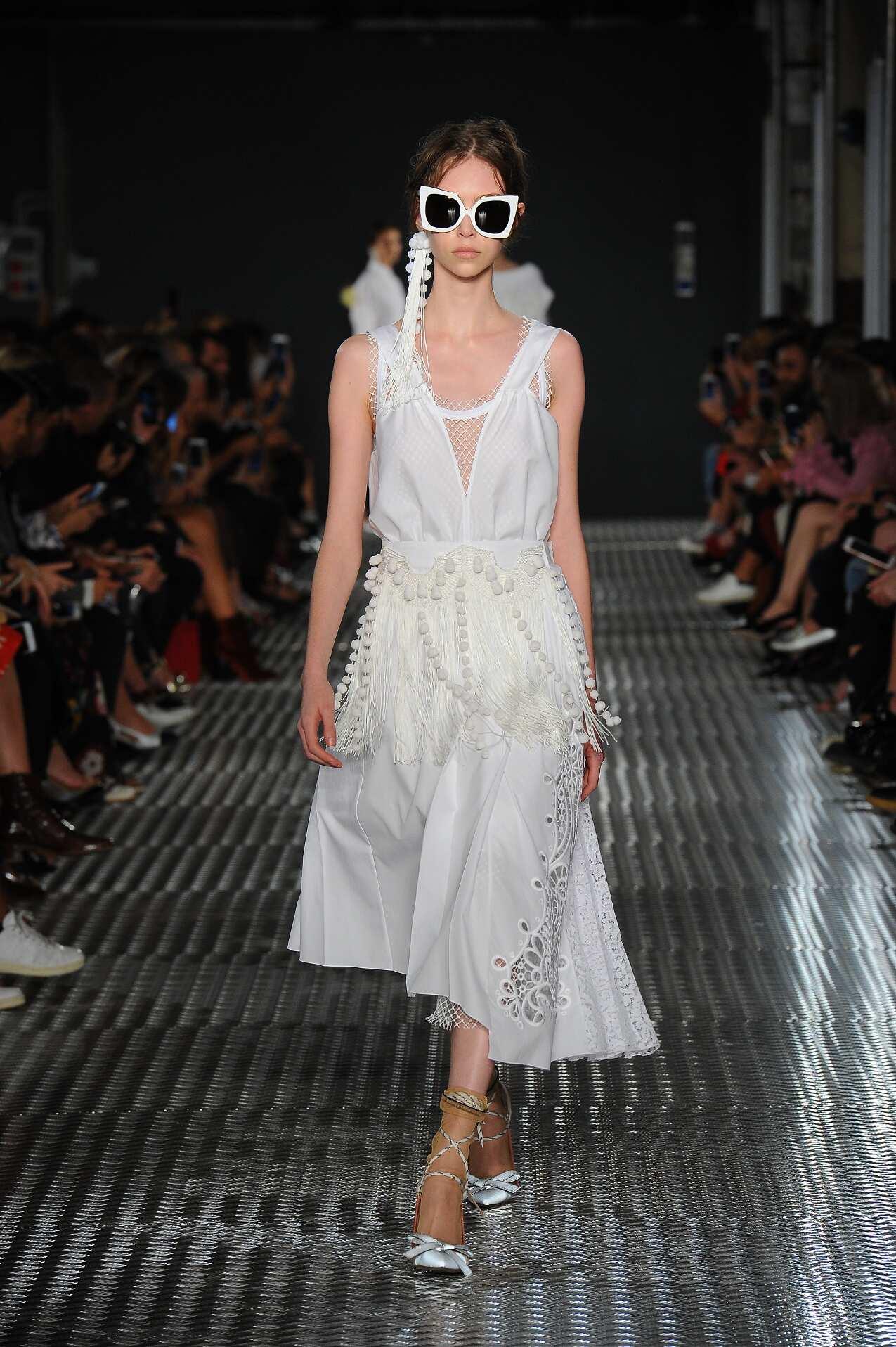 SS 2017 N°21 Fashion Show