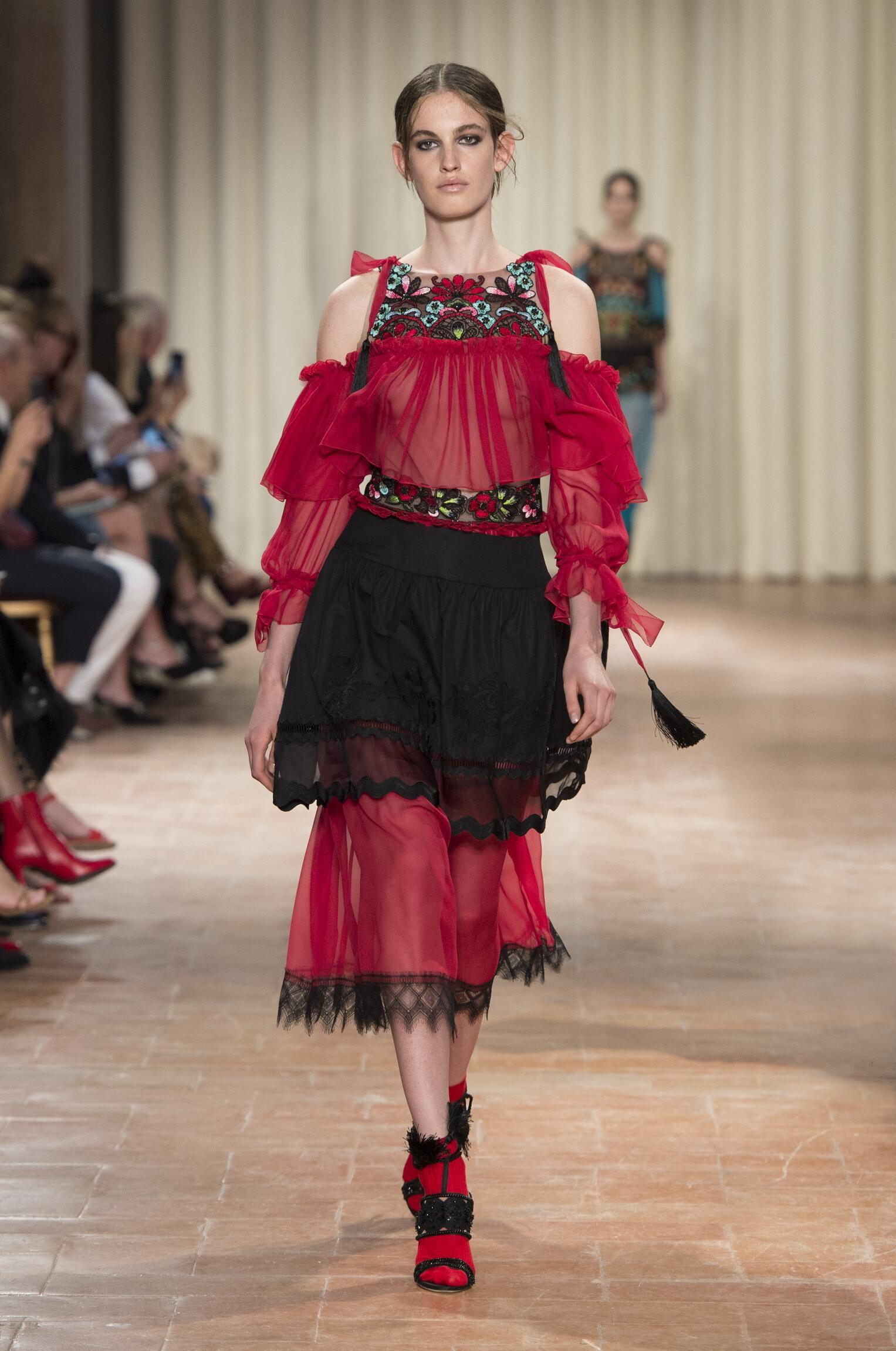 Spring 2017 Fashion Trends Alberta Ferretti