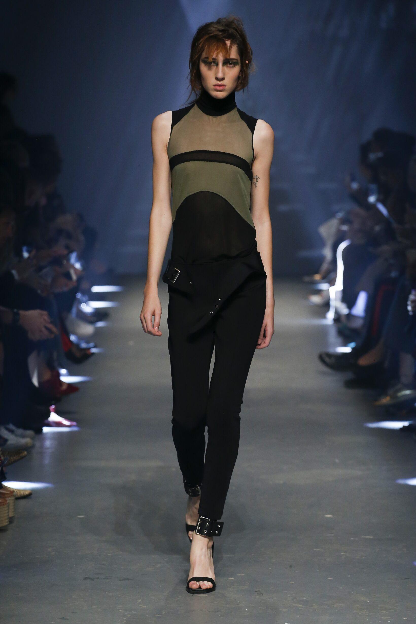 Spring 2017 Fashion Trends Versus Versace