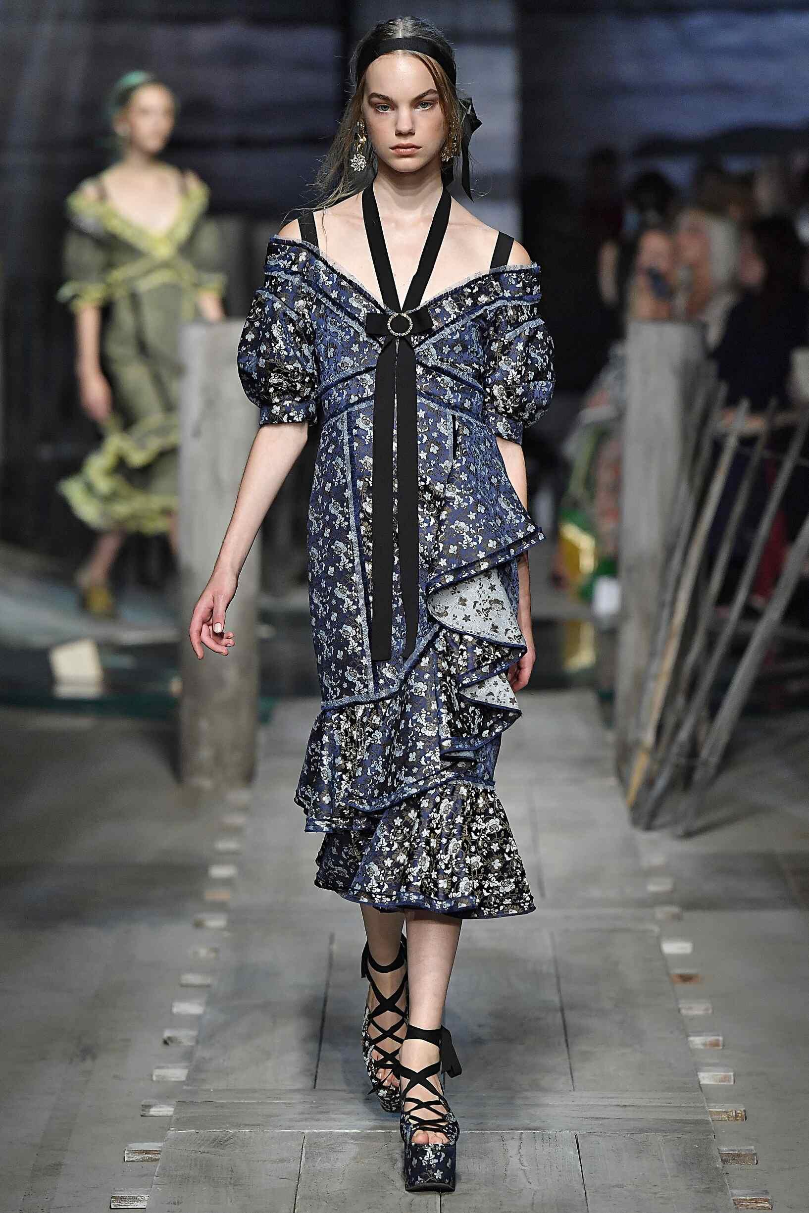 Spring 2017 Womenswear Erdem