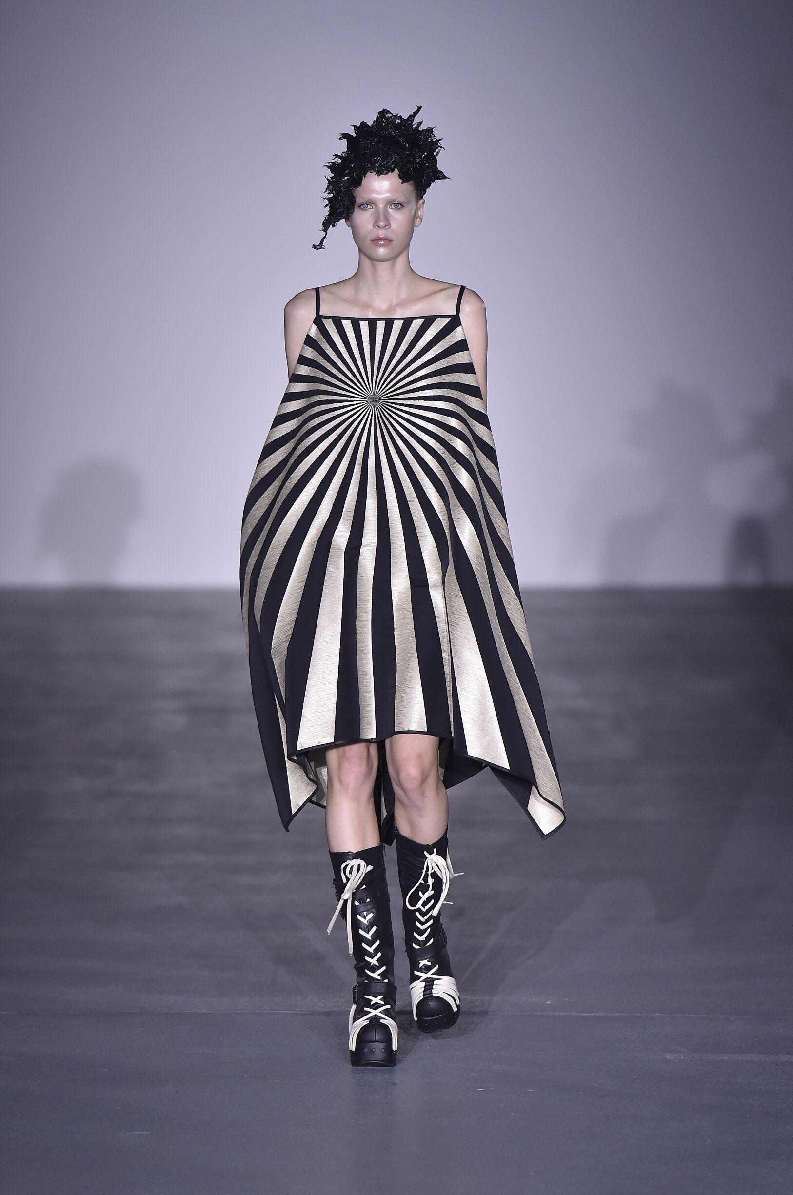Spring Fashion 2017 Gareth Pugh